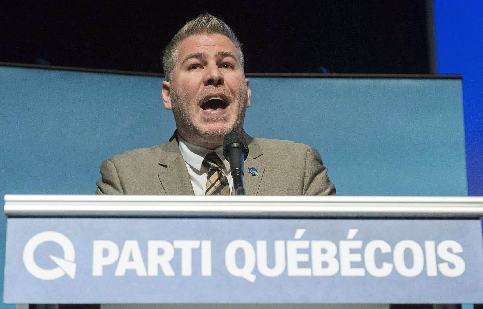 Le Parti québécois a proposé jeudi une série de mesures pour mieux défendre le français.