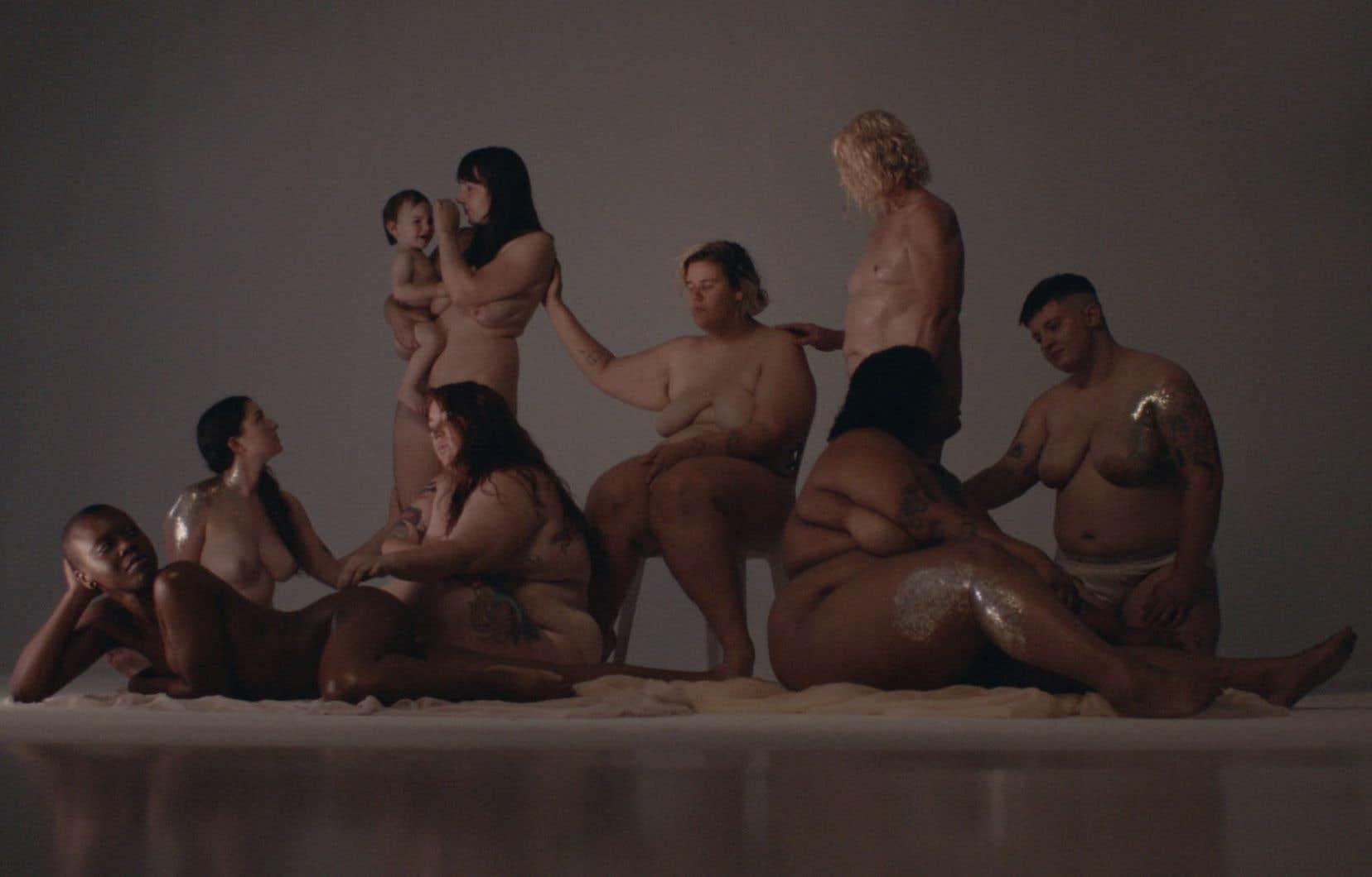 Au-delà des considérations esthétiques et de la grossophobie, la vidéo de Safia Nolin «Breakup Song» provoque une nécessaire réflexion sur les enjeux sociaux d'une société devenue obésogène.