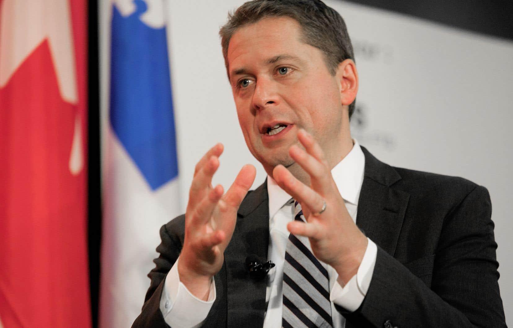 Le chef du parti conservateur, Andrew Scheer, a prononcé une allocution vendredi midi à la Chambre de commerce du Montréal métropolitain.