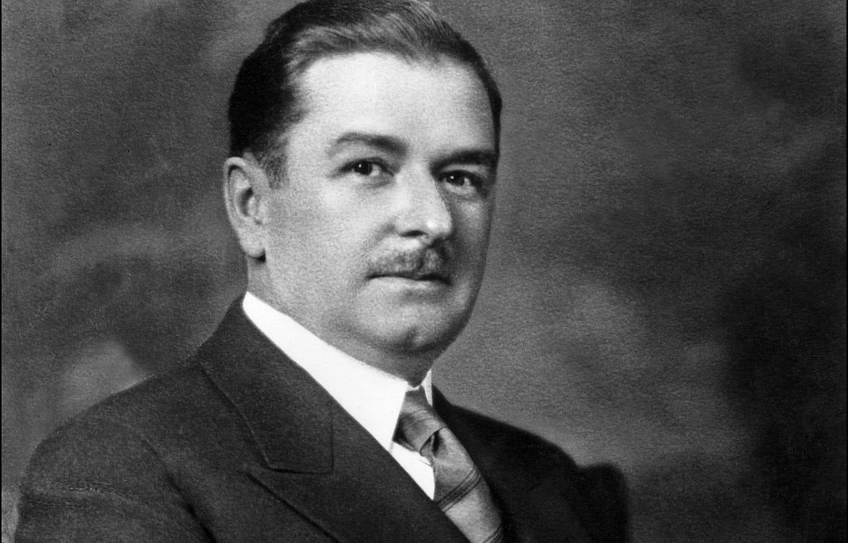 Maurice Duplessis a exercé le pouvoir à titre de premier ministre du Québec de 1936 à 1939, et de 1944 jusqu'à sa mort en 1959.