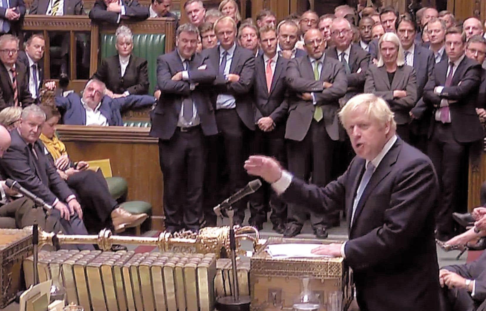Le premier ministre britannique, Boris Johnson, a pris la parole à la Chambre des communes, tard lundi soir, après que les élus eurent refusé la tenue d'élections anticipées.