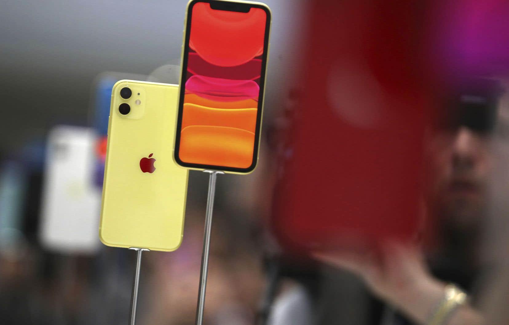 L'iPhone 11 aura une double caméra à l'arrière, large et ultralarge, et le capteur sur l'avant de l'appareil, utilisé pour les «selfies», permettra de filmer au ralenti.