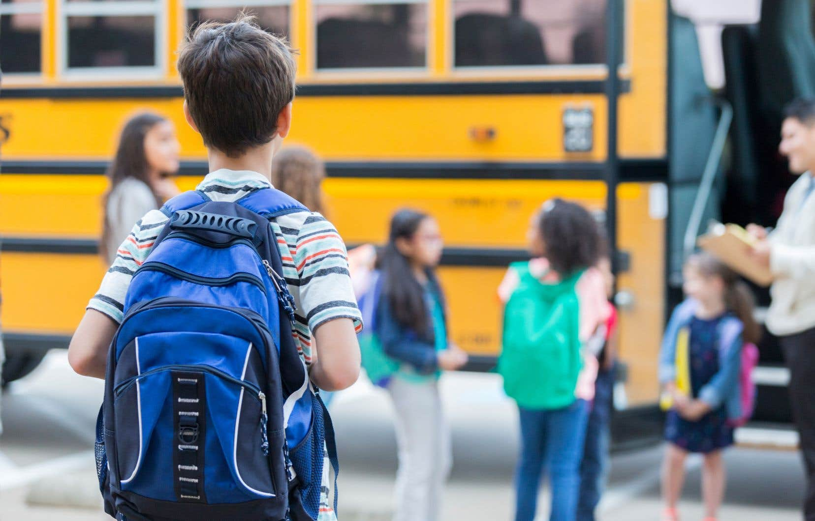 <p>Le Quebec Community Groups Network envisage de se joindre à la bataille de la Commission scolaire English-Montréal pour garder ses commissions scolaires.</p>
