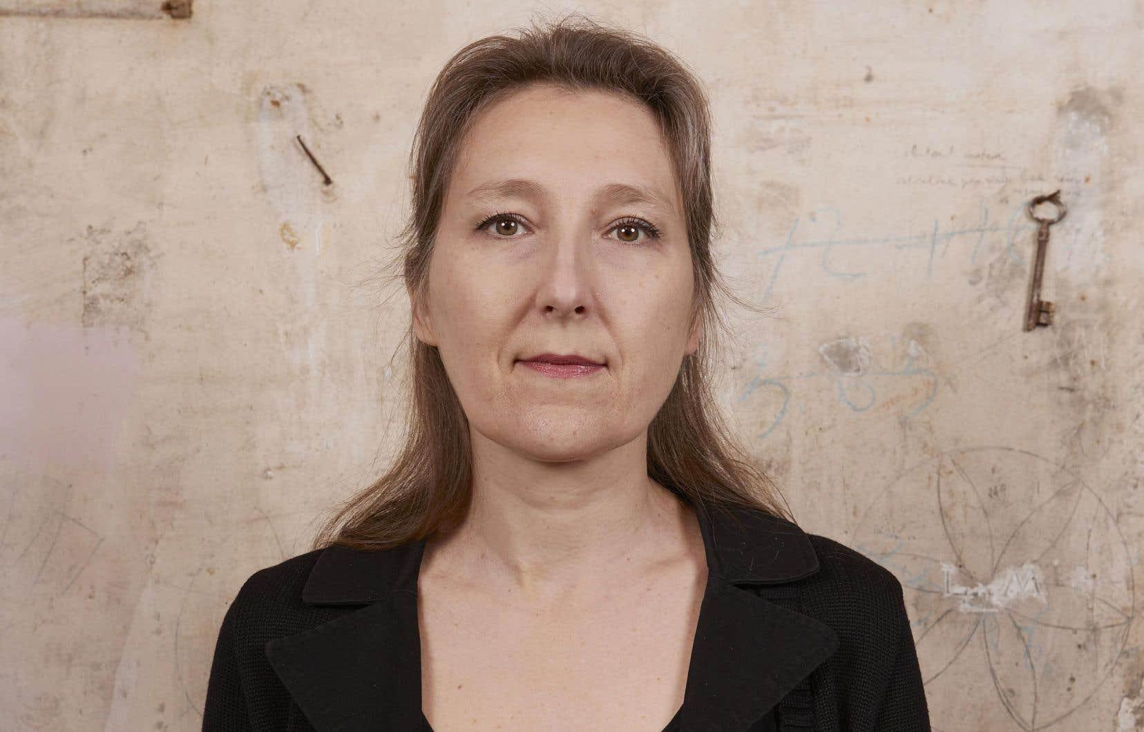 Marie Darrieussecq nous convie à un double voyage.