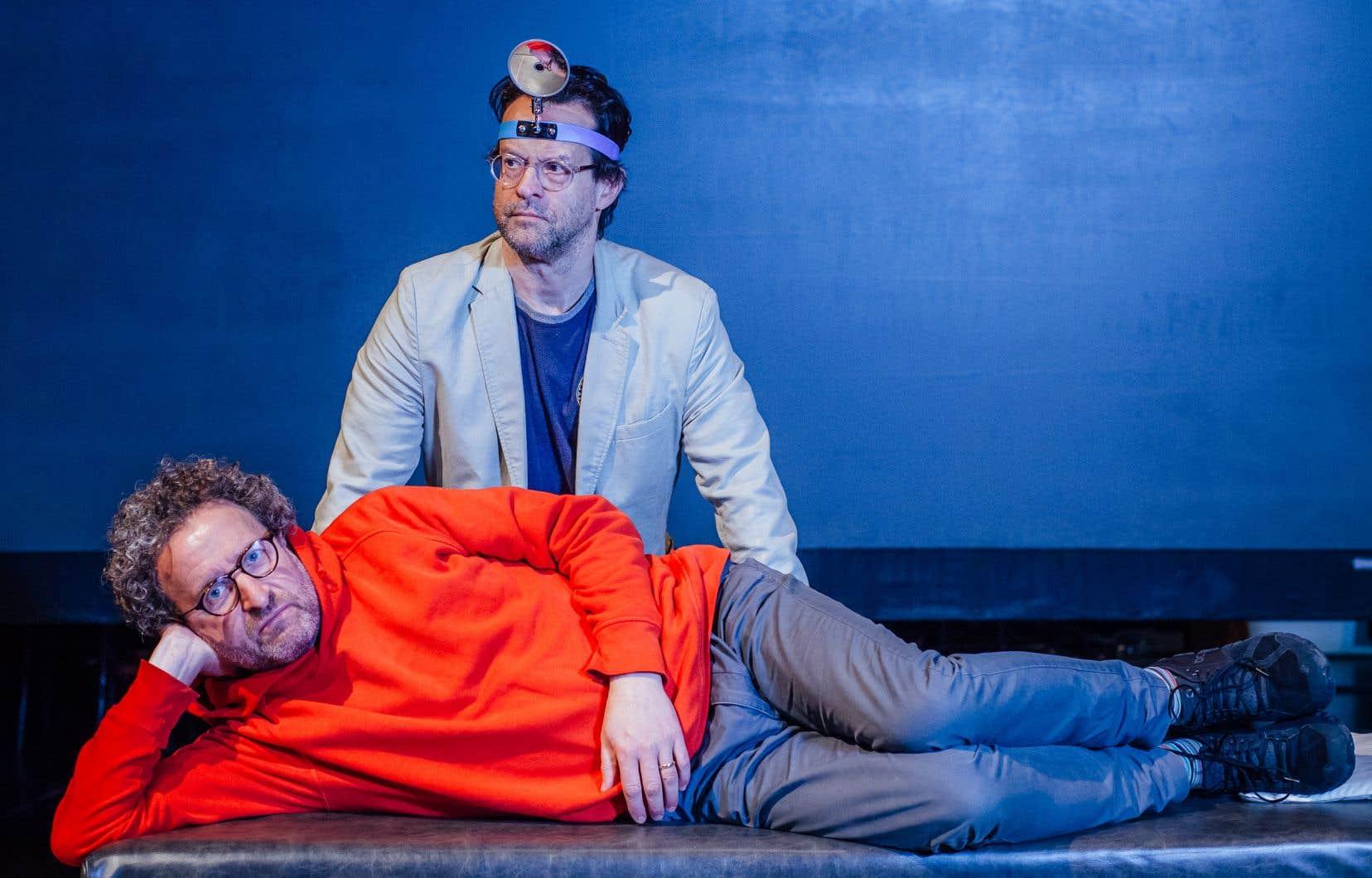 Alexis Martin et Daniel Brière, pour la pièce «Knock», au TNM.