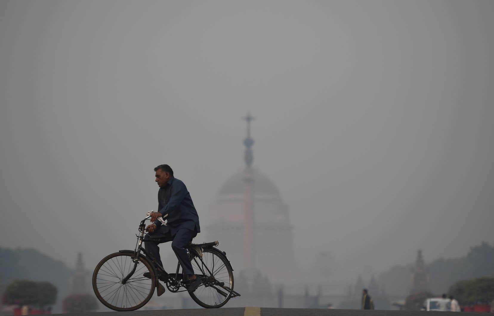 Chaque année à partir d'octobre, New Delhi se transforme en «chambre à gaz» et suffoque dans un brouillard toxique.