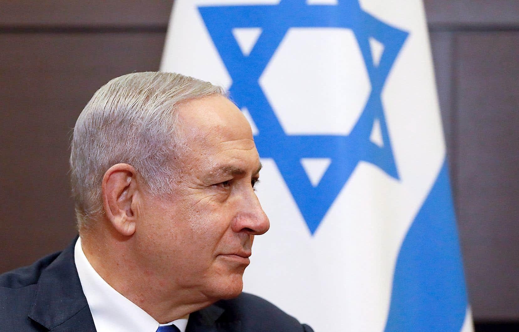Depuis 2009, Israël n'a connu que «Bibi». Lui se présente comme le grand défenseur de l'État hébreu face à l'Iran, nouvel «Amalek», ennemi mortel des Hébreux dans la Bible, mais ses adversaires voient plutôt un autocrate ne reculant devant aucune manœuvre pour former des coalitions et un homme usé par le pouvoir.