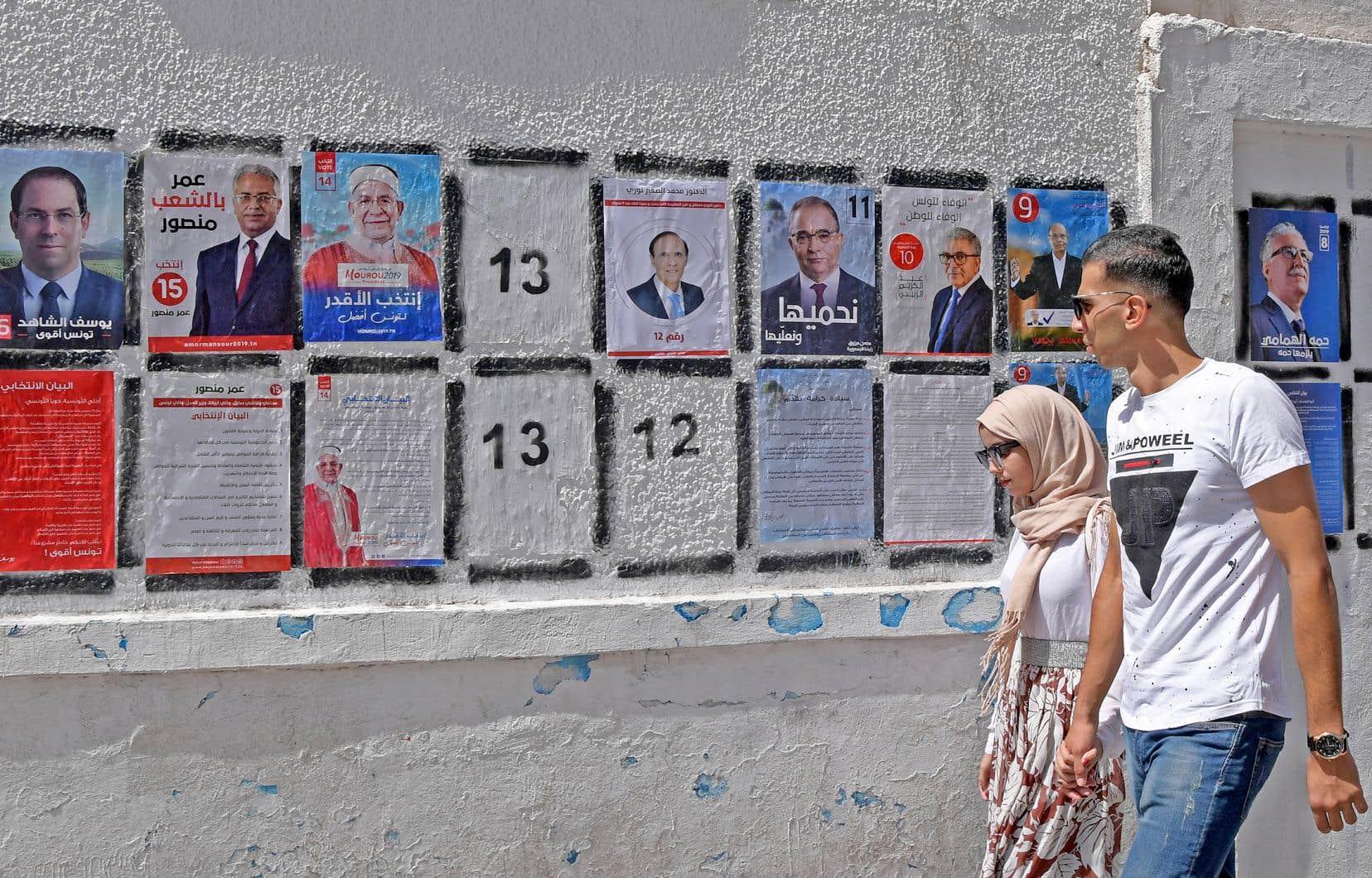 Une demi-douzaine de formations politiques, islamistes, laïques, populistes ou liées à l'ancien régime vont devoir s'entendre pour partager le pouvoir.