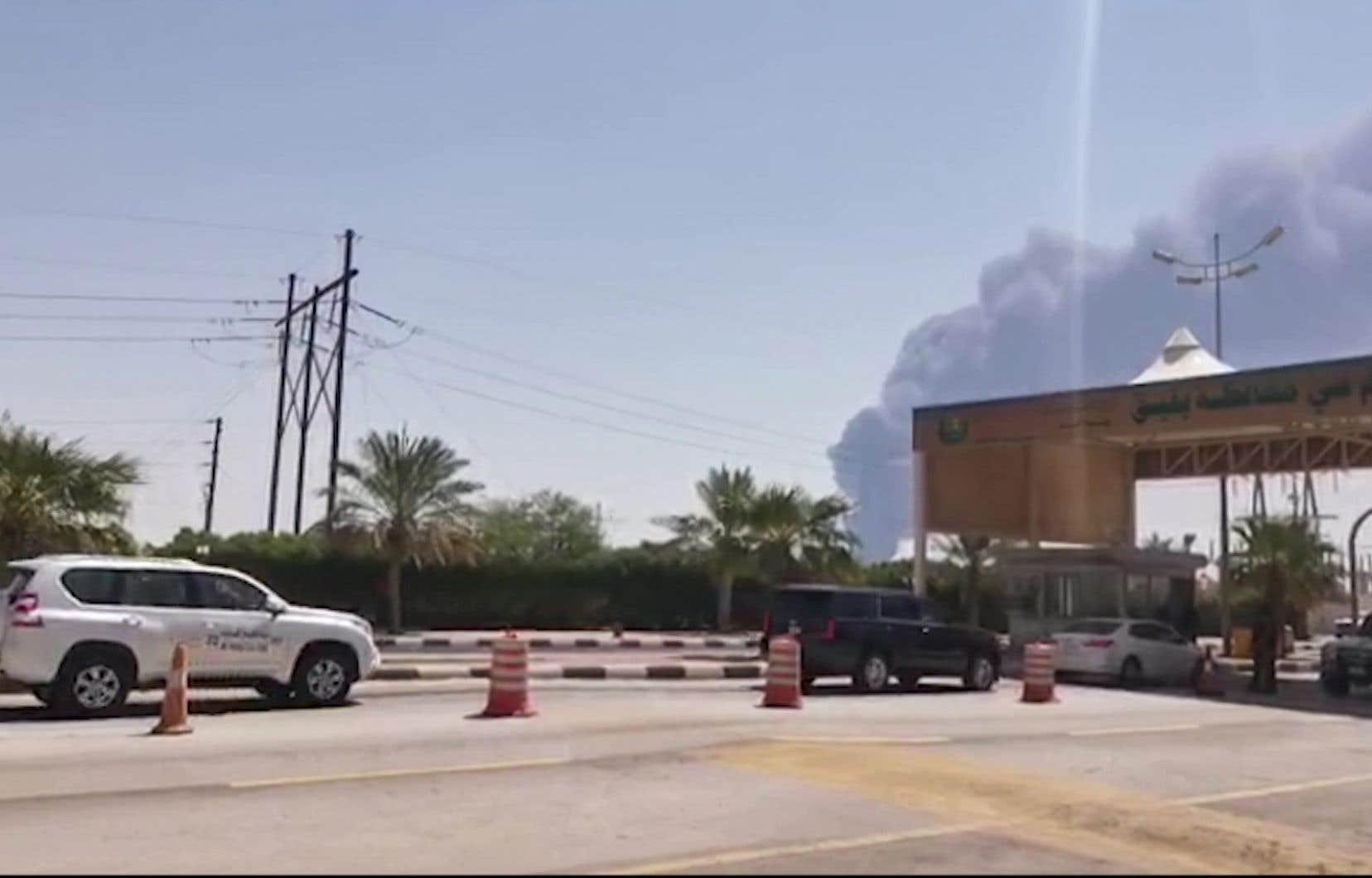 Les équipes de sécurité d'Aramco sont intervenues pour éteindre des incendies à Abqaiq (sur la photo) et Khurais, et «les deux incendies ont été maîtrisés», selon le ministère de l'Intérieur.