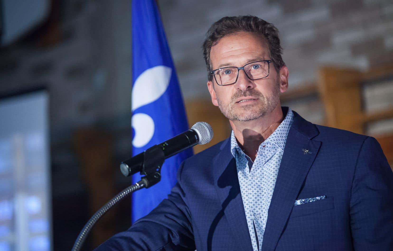 «Nous avons beaucoup cheminé [depuis un an] et nous en sommes rendus à présenter une offre politique globale, complète, qui touche tous les aspects de la vie des Québécois et des Québécoises», a déclaréle chef du BQ Yves-François Blanchet.