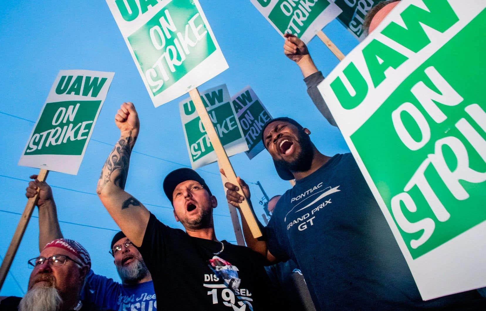 La grève a été votée à l'unanimité par environ 200 dirigeants syndicaux locaux.