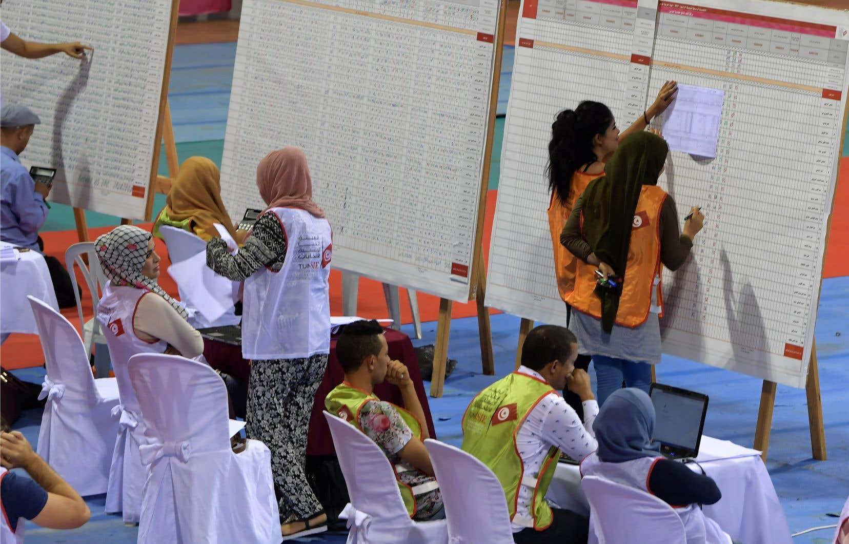 Le dépouillement se poursuivait ce lundi, en Tunisie.