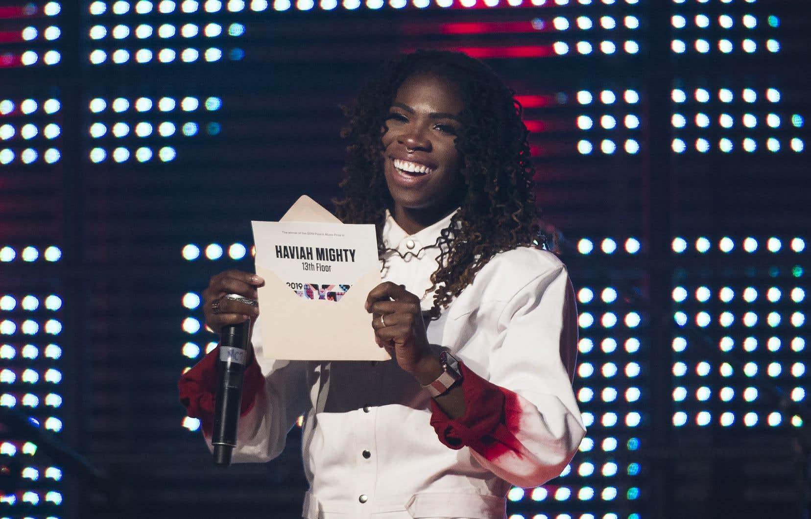 Haviah Mighty,rappeuse de 27 ans, témoigne dans ses chansons de sa réalité, notamment de femme noire.