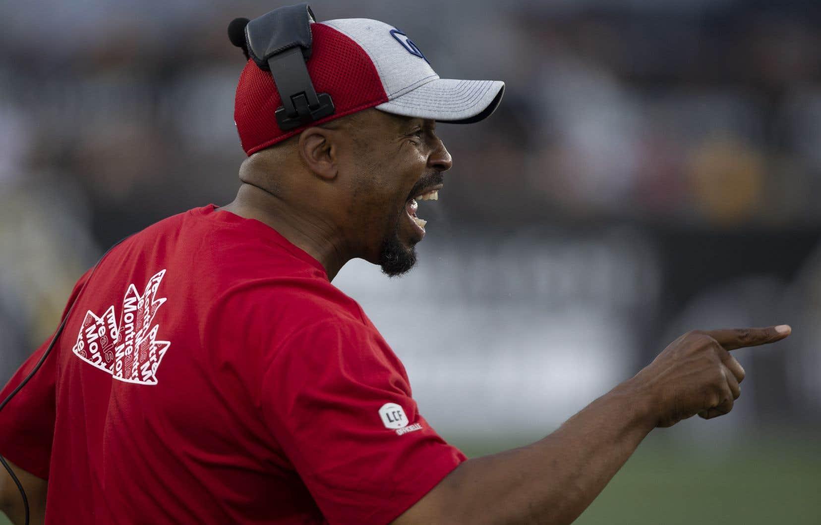 L'entraîneur-chef des Alouettes, Khari Jones