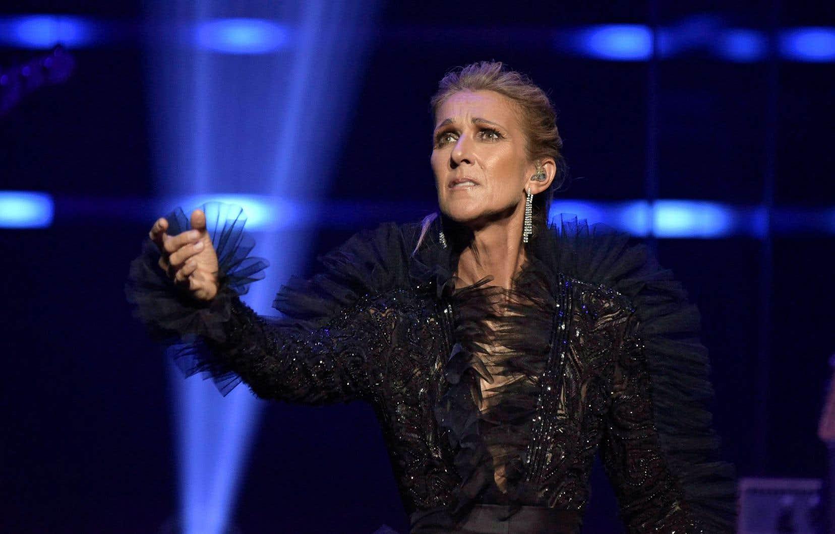 «J'ai 51 ans, pis depuis trois ans, j'ai pris ma vie en charge, pour montrer à mes enfants que, dans la vie, être indépendant, c'est important», confie Céline Dion.