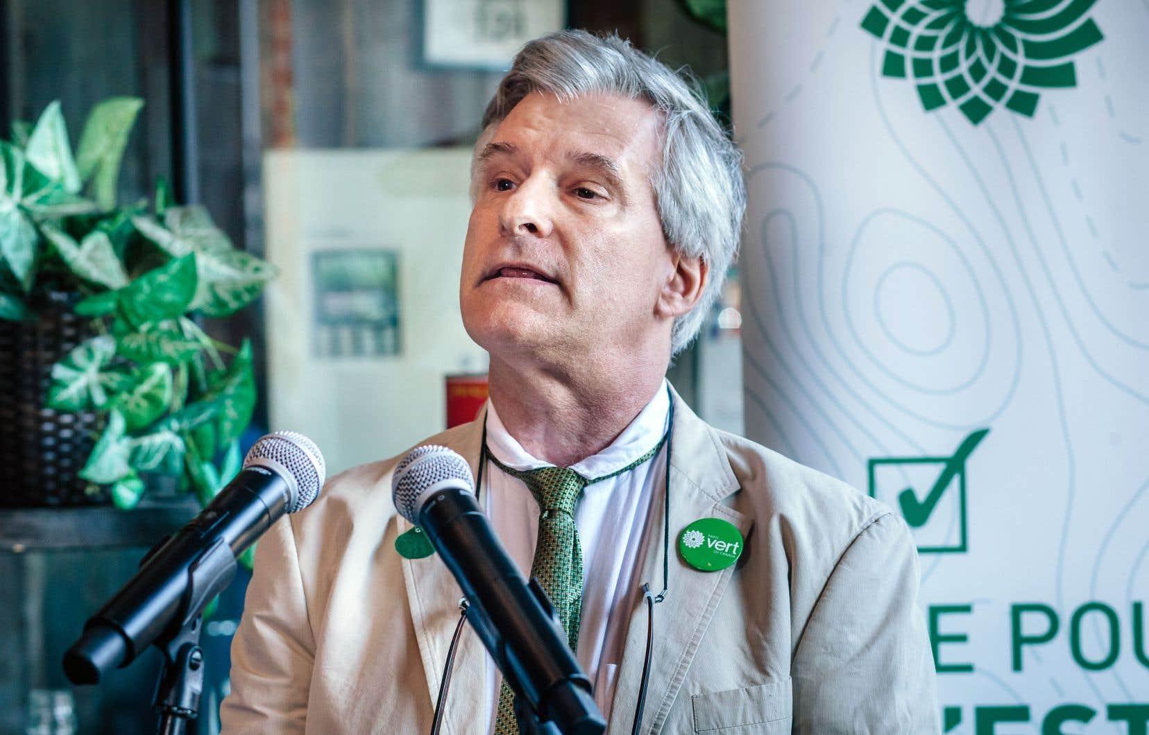 Le chef adjoint du Parti vert du Canada, Daniel Green, lors de l'investiture d'un candidat à Montréal, en août dernier.
