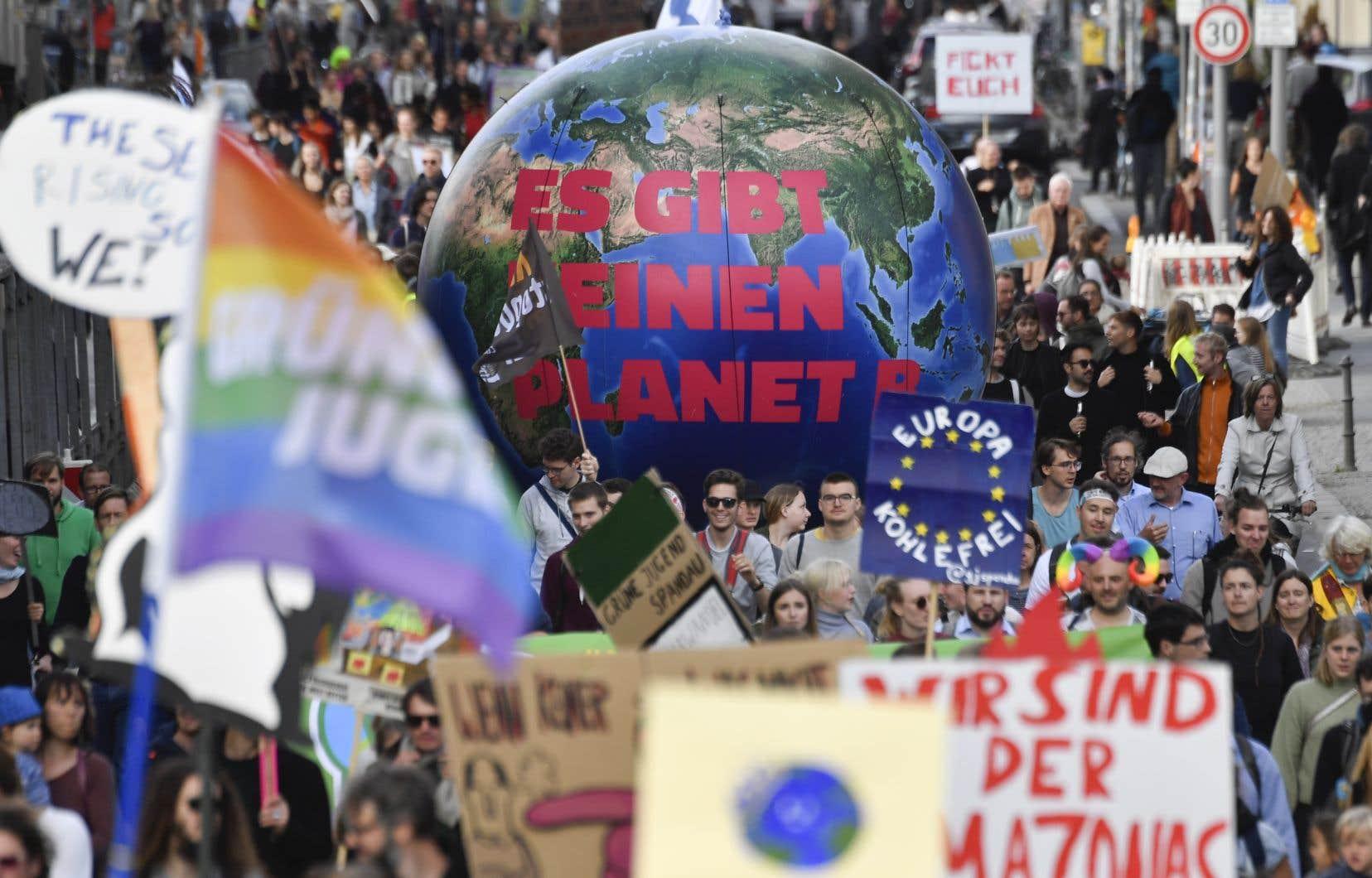 Plus d'un million de manifestants sont descendus dans la rues pour la défense du climat vendredi dans l'ensemble du pays, selon les organisateurs.