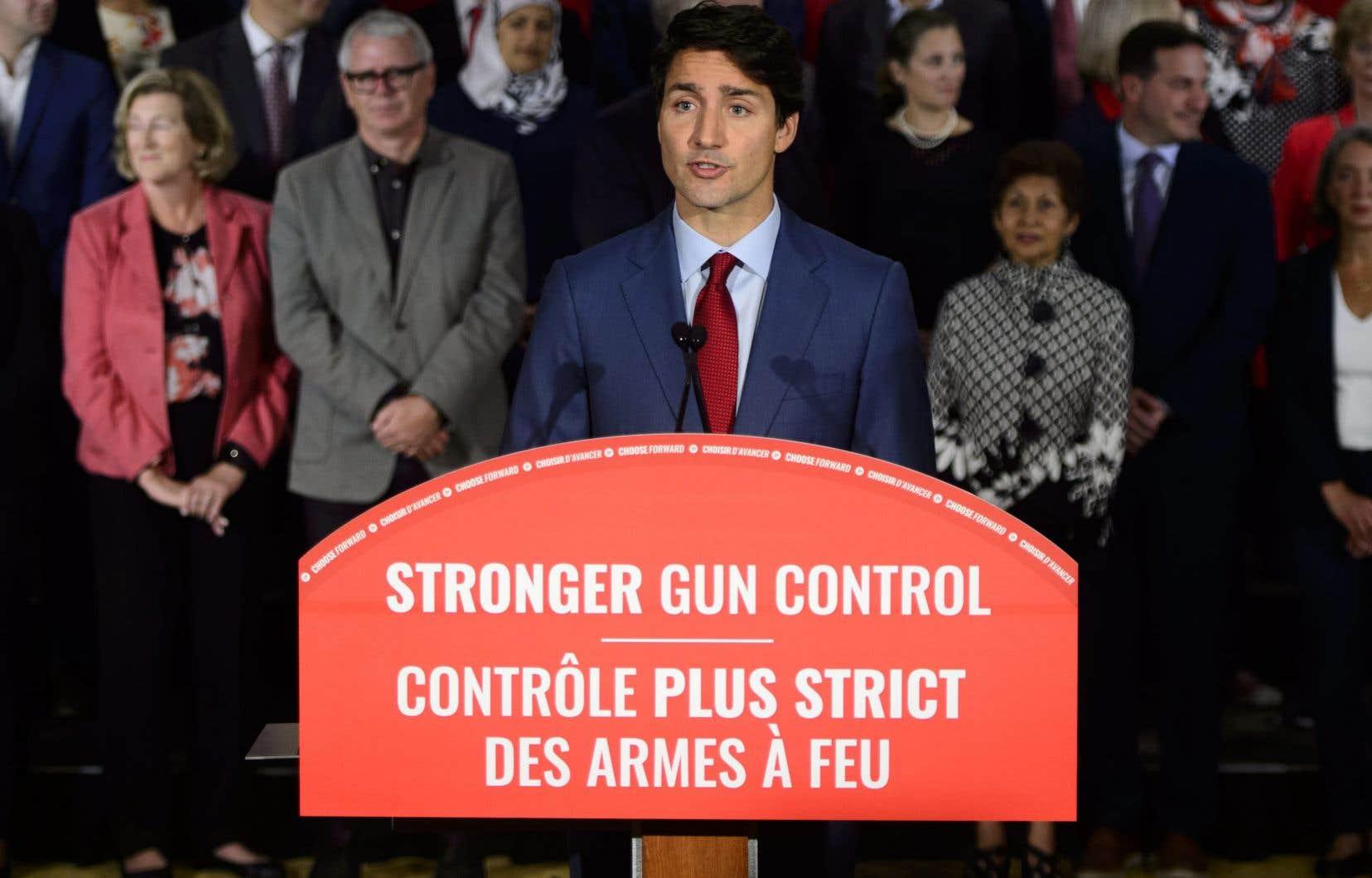 Les libéraux proposent de resserrer les règles d'entreposage des armes de poing, pour éviter qu'elles soient volées et revendues sur le marché illégal —comme celle utilisée dans la tuerie de Danforth l'été dernier.