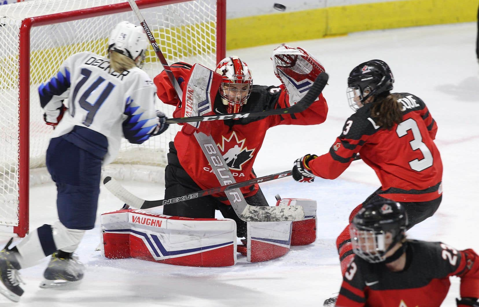 Hockey Canada et Hockey USA veulent conserver un niveau de compétition pour leurs joueuses de l'équipe nationale parce qu'elles ne jouent pas au sein d'une ligue cet hiver.