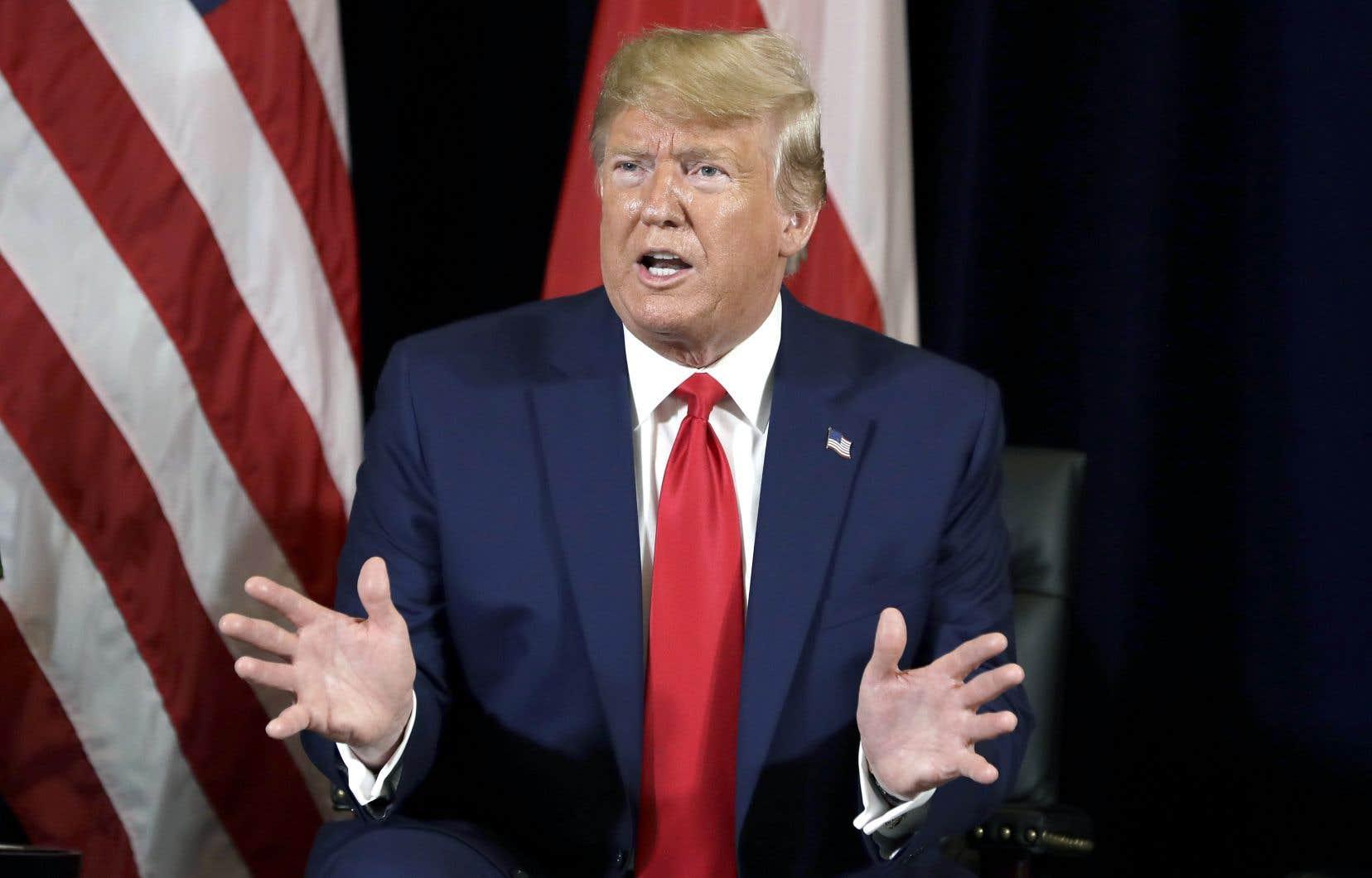 Au siège de l'ONU à New York, où il était de passage pour l'ouverture du Sommet Action Climat 2019, le présidentTrump a dit trouver normal de se préoccuper de la corruption dans un pays auquel les États-Unis offrent de l'aide économique et militaire.