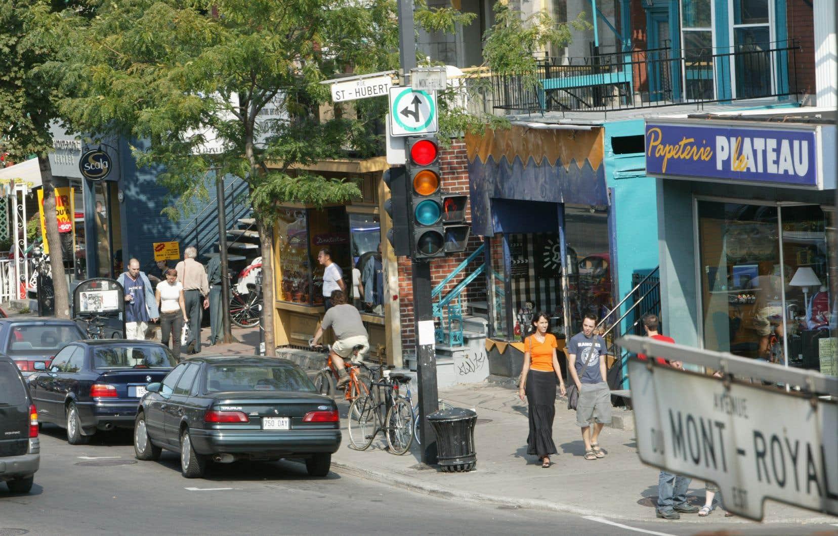 Les trois candidats en lice à la mairie d'arrondissement du Plateau-Mont-Royal ont convenu qu'il fallait agir pour obliger les propriétaires à louer leurs locaux dans un délai raisonnable et encadrer les baux commerciaux.