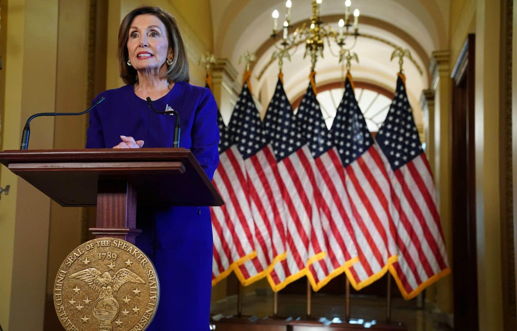 La présidente de la Chambre des représentants, Nancy Pelosi, a annoncé que les démocrates lancent officiellement une procédure de destitution contre Donald Trump.