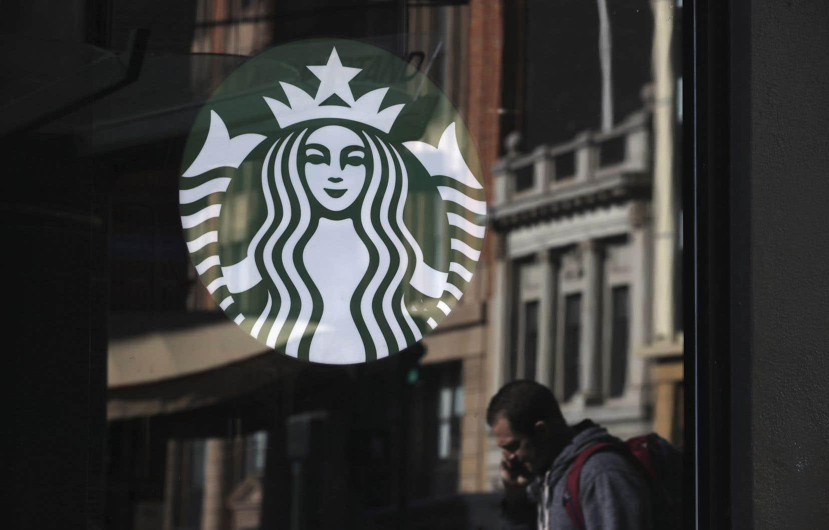 La chaîne américaine de cafés et le constructeur automobile italien avaient été sommés par la Commission européenne de verser jusqu'à 30millions d'euros d'arriérés d'impôts chacun.