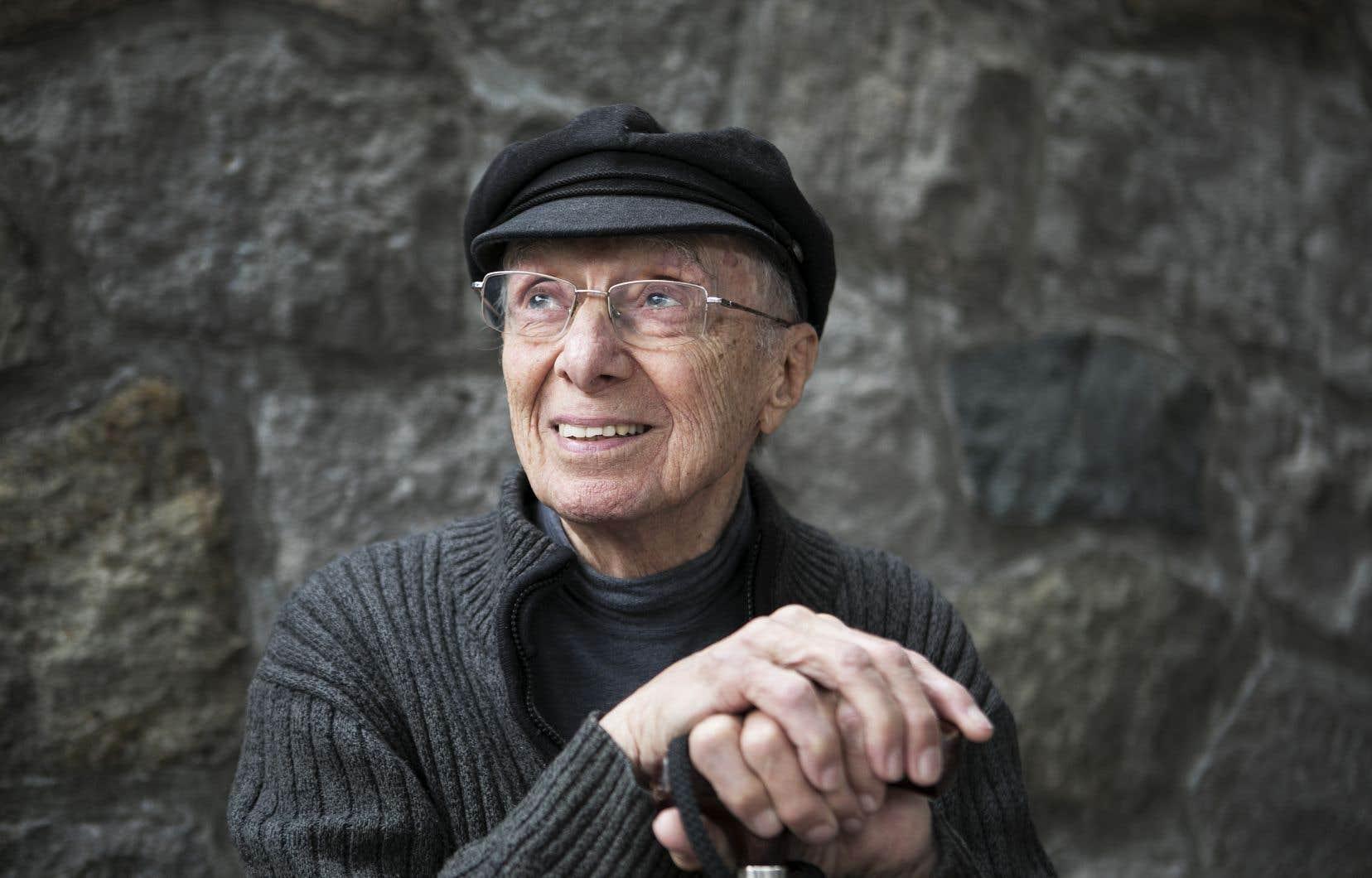 Le cinéaste Fernand Dansereau a encore plein de projets malgré son grand âge.