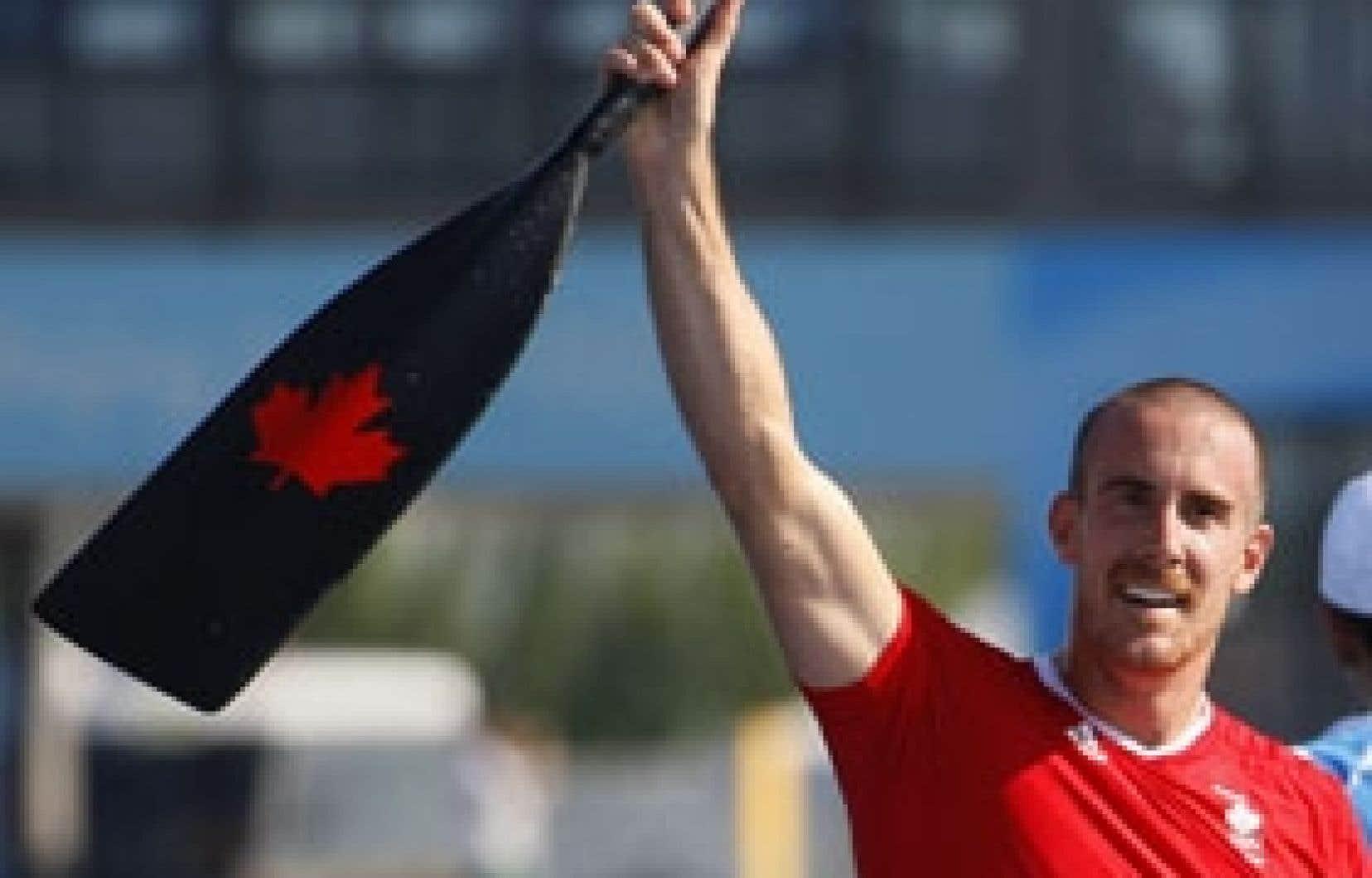 Le Québécois Thomas Hall jubilait après avoir mis la main  sur le bronze.