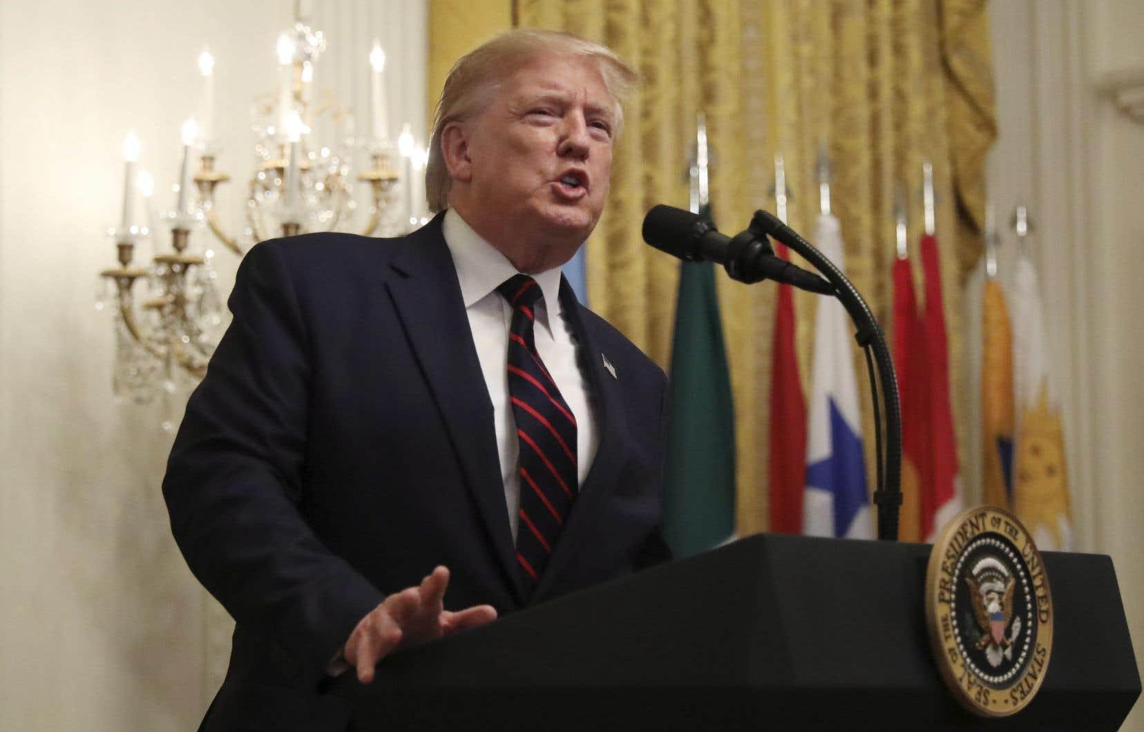 Donald Trump a autorisé la divulgation de cette transcription, réalisée sur la base de note, dans l'espoir de faire taire ses détracteurs.
