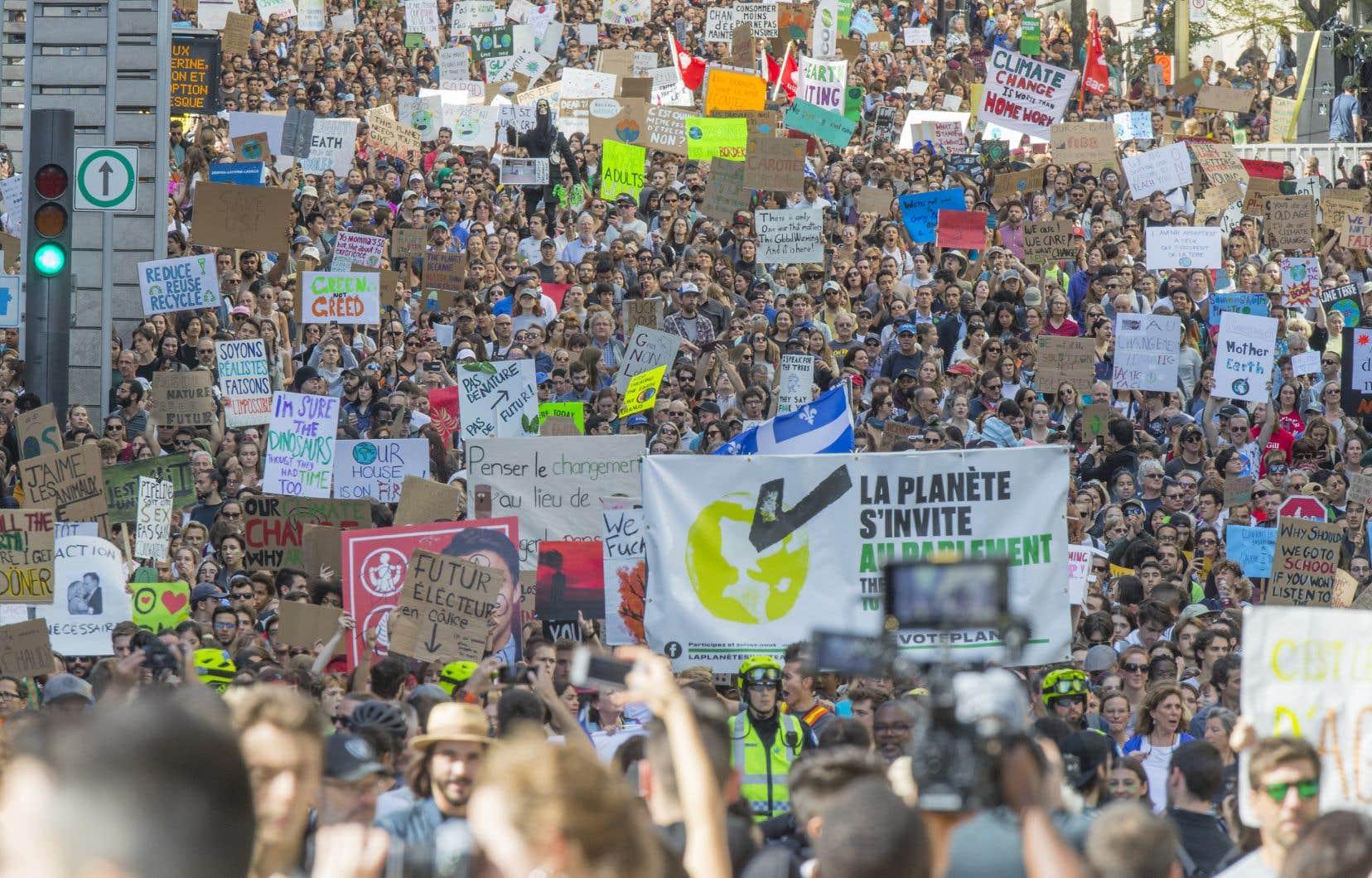 Jamais une manifestation n'aura réuni autant de monde à Montréal.
