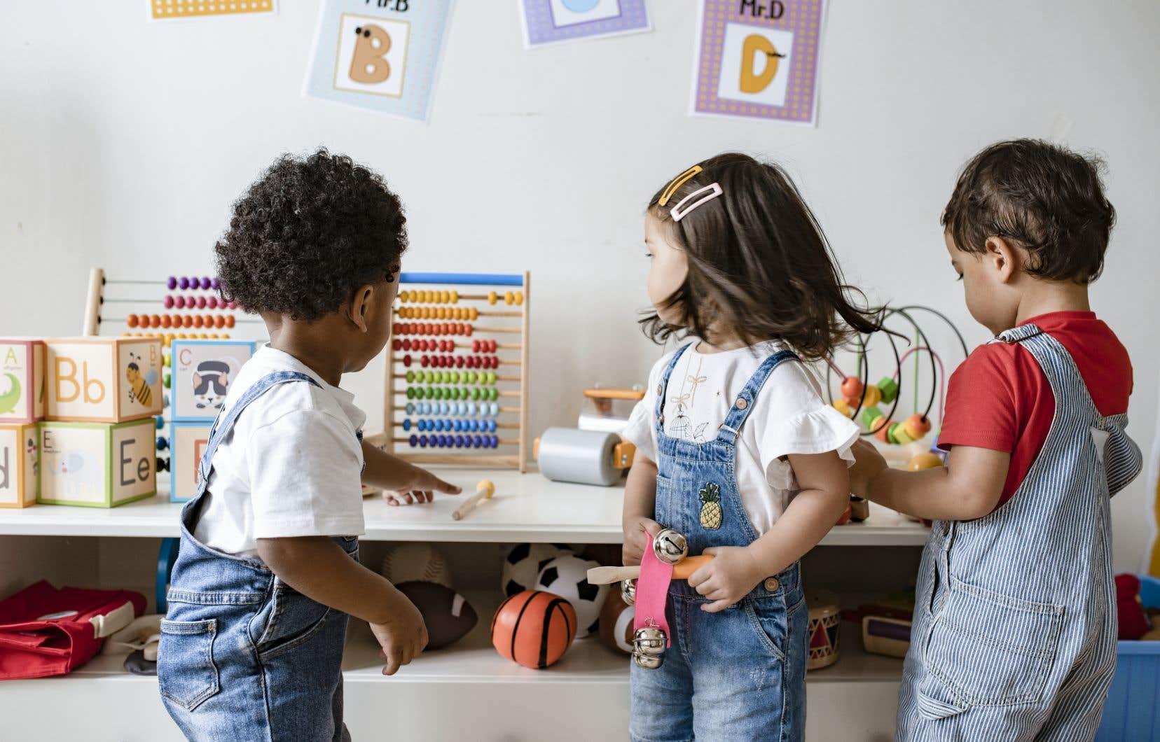 Sept enfants sur dix en maternelle 4 ans pour l'année scolaire 2019-2020 recevaient déjà des services éducatifs avant d'entrer au préscolaire.