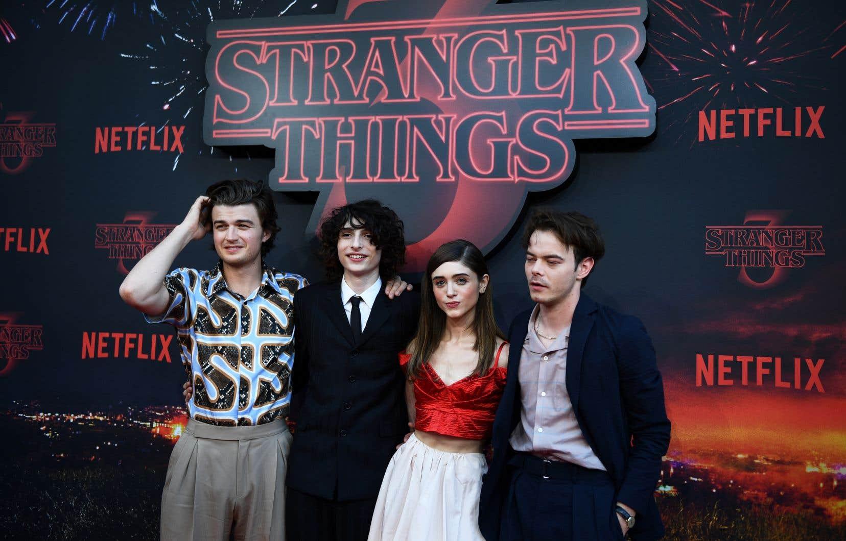Lancée en 2016, «Stranger Things», entièrement construite comme un hommage aux années 80, a été un succès immédiat pour Netflix.