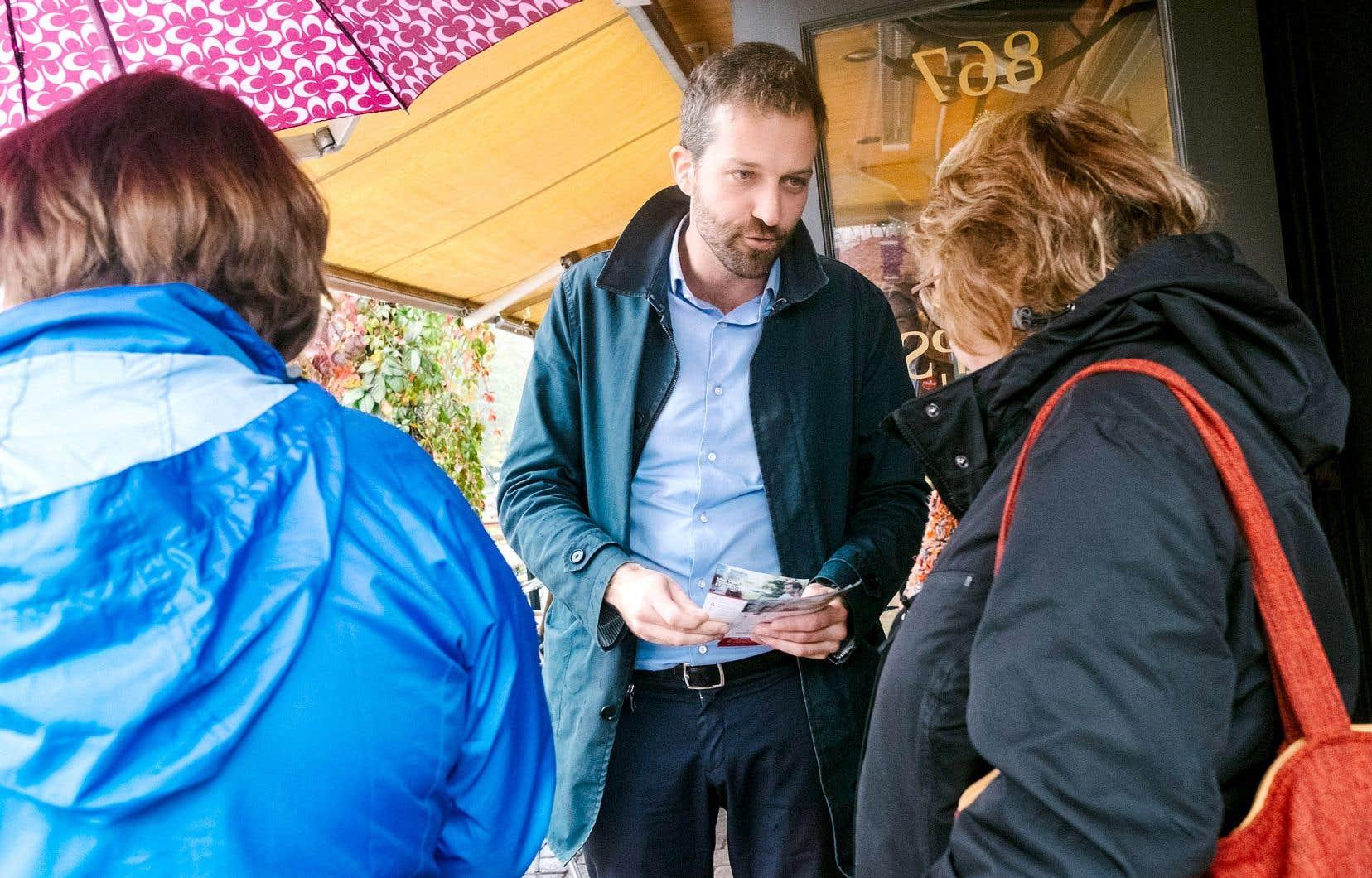 Le député sortant Joël Lightbound (libéral) est toujours favori dans la course.