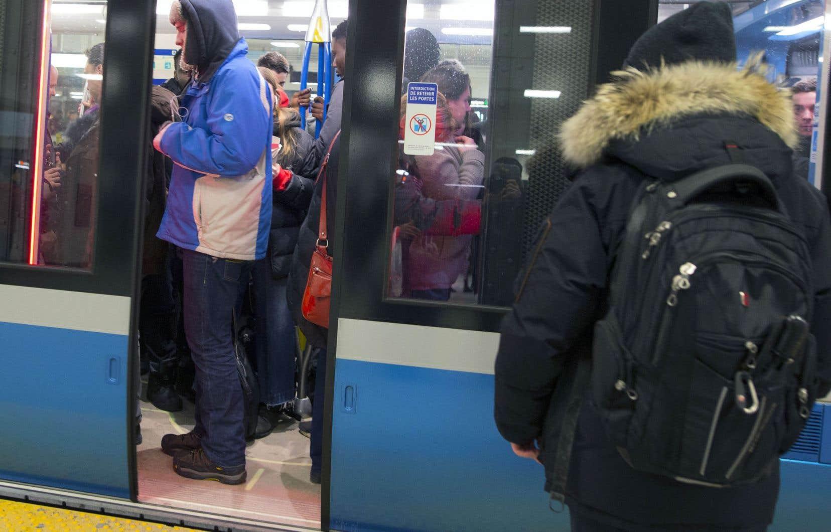 Un contrat de 153 voitures Azur pour le métro de Montréal permettra la poursuite des activités, mais la production ne s'accélérera qu'au début de la prochaine année.