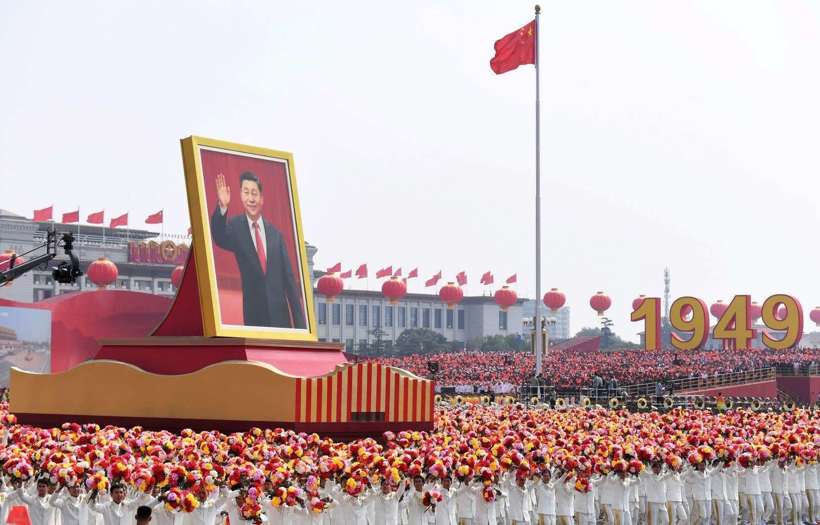 Le président Xi Jinping a de nouveau évoqué le «rêve chinois de la grande renaissance de la nation», qui cherche à incarner la revanche d'un pays moderne et respecté à l'horizon2050 face à l'Occident.
