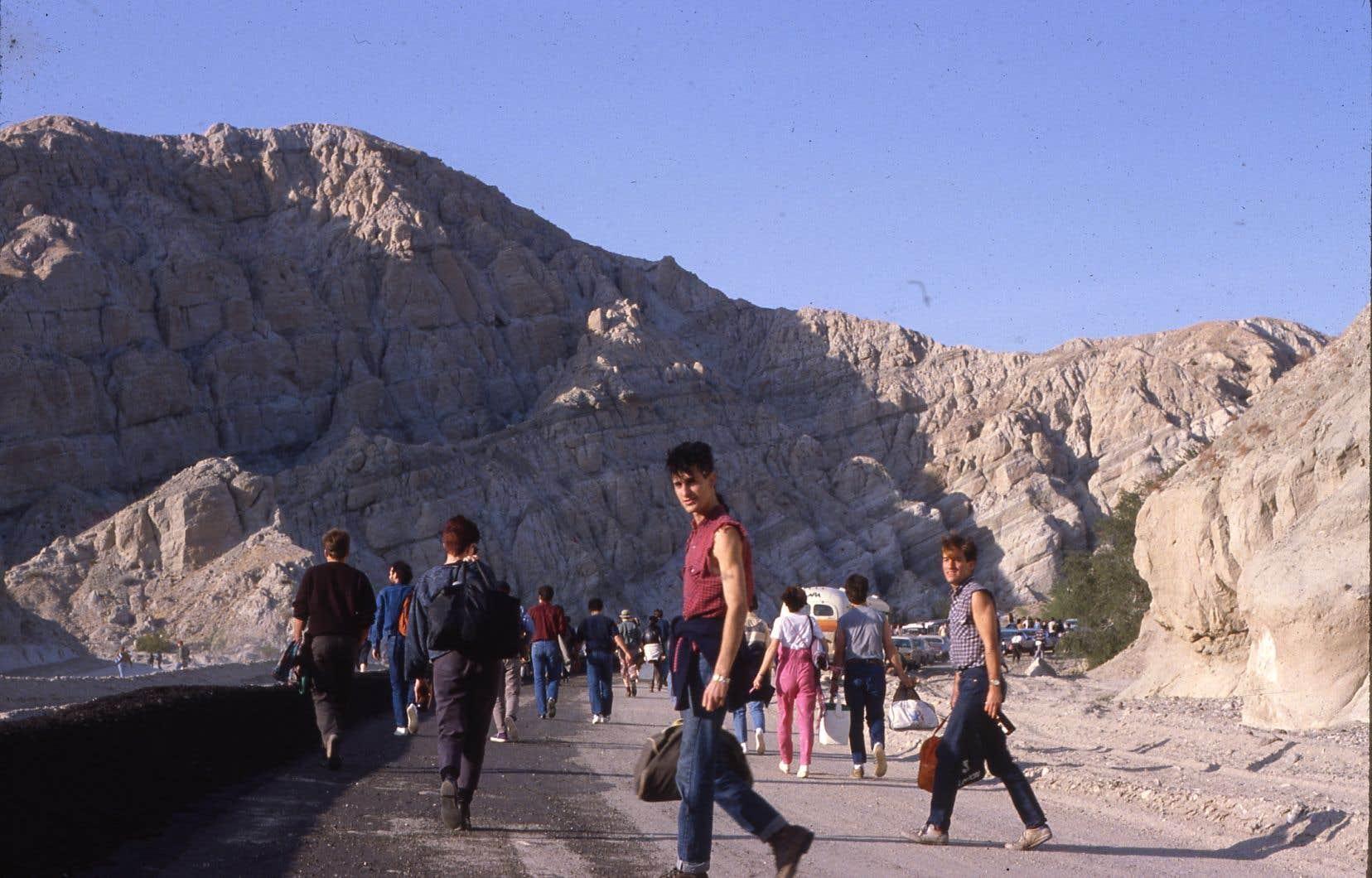 Retour sur le festival de musique et guérilla punk <i>Desolation Center</i> lors de la présidence de Ronald Reagan dans le sud de la Californie
