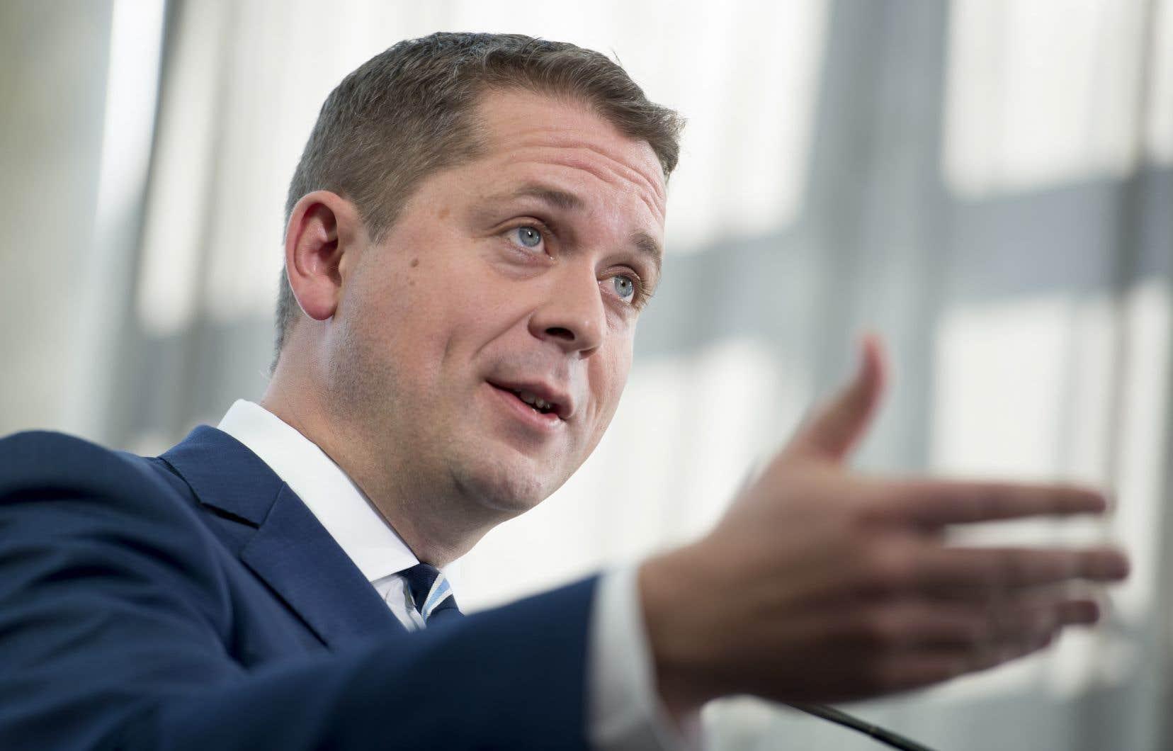 «Comme des millions de Canadiens, un de mes parents est né dans un autre pays», s'est défendu le chef du Parti conservateur du Canada, Andrew Scheer.
