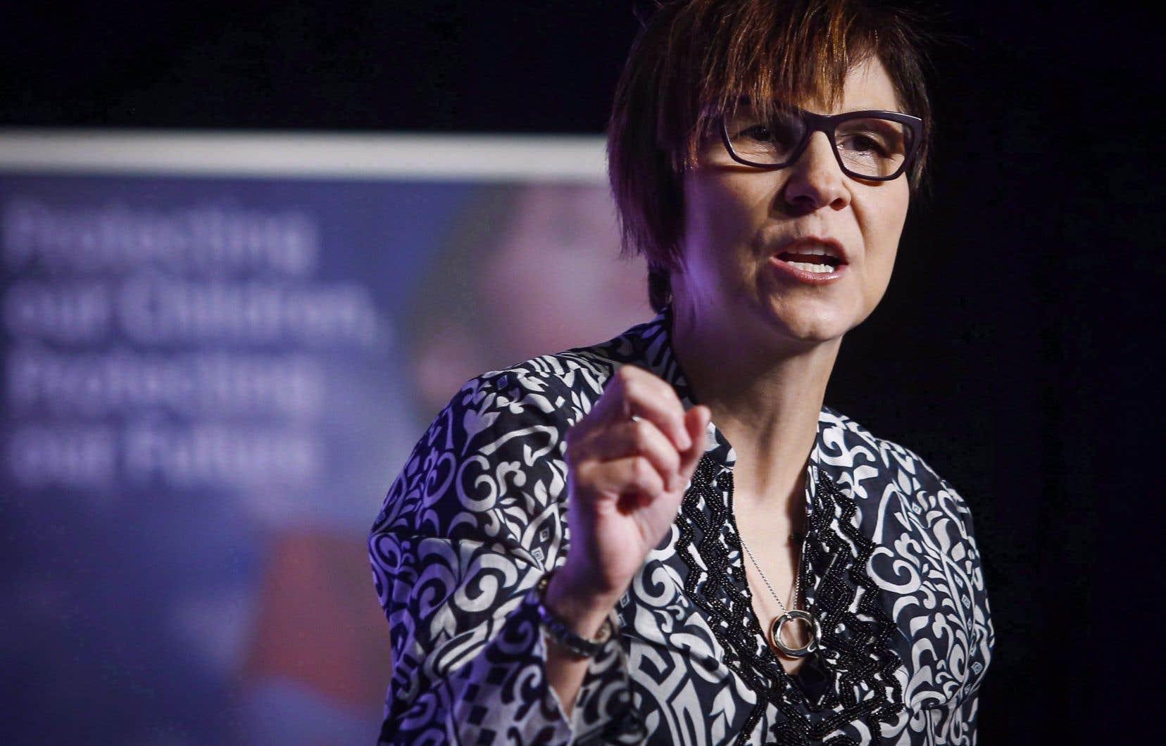 Le quasi-silence des chefs de partis fédéraux sur les Premières Nations en dit long sur leur importance aux yeux des politiciens canadiens, déplore la dirigeante autochtone Cindy Blackstock.