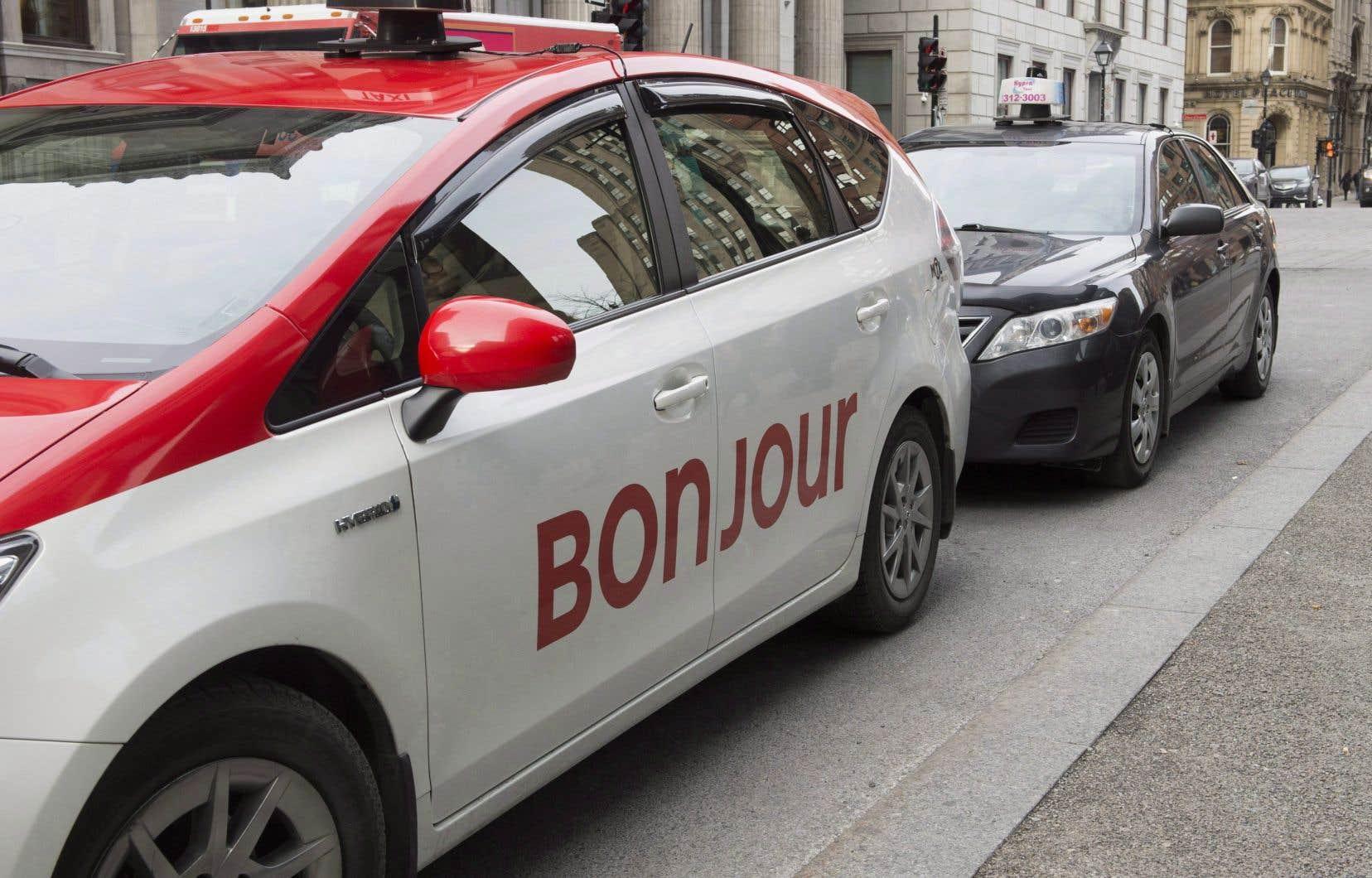 Le gouvernement a menacé d'avoir recours au bâillon pour forcer l'adoption du projet de loi, avant l'échéance du projet pilote avec la multinationale Uber la semaine prochaine.