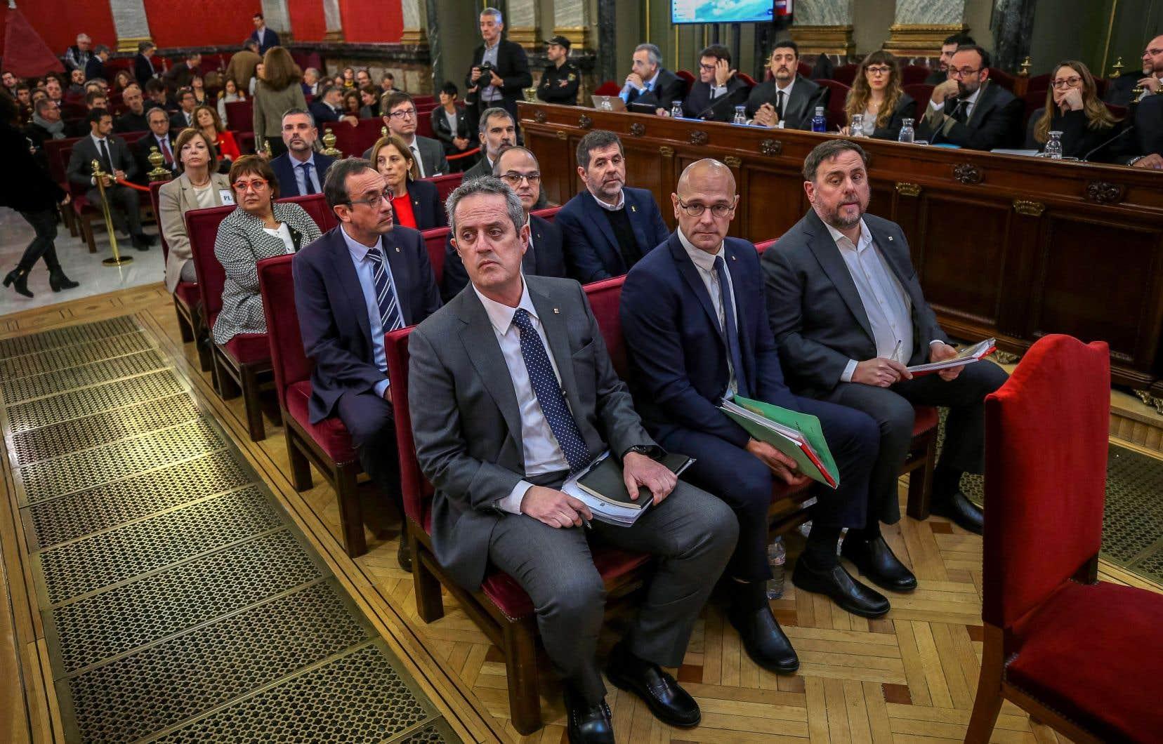 <p>Les douze dirigeants indépendantistes avaient comparu devant la Cour, de février à juin, pour leur rôle dans la tentative de sécession de la Catalogne d'octobre 2017.</p>