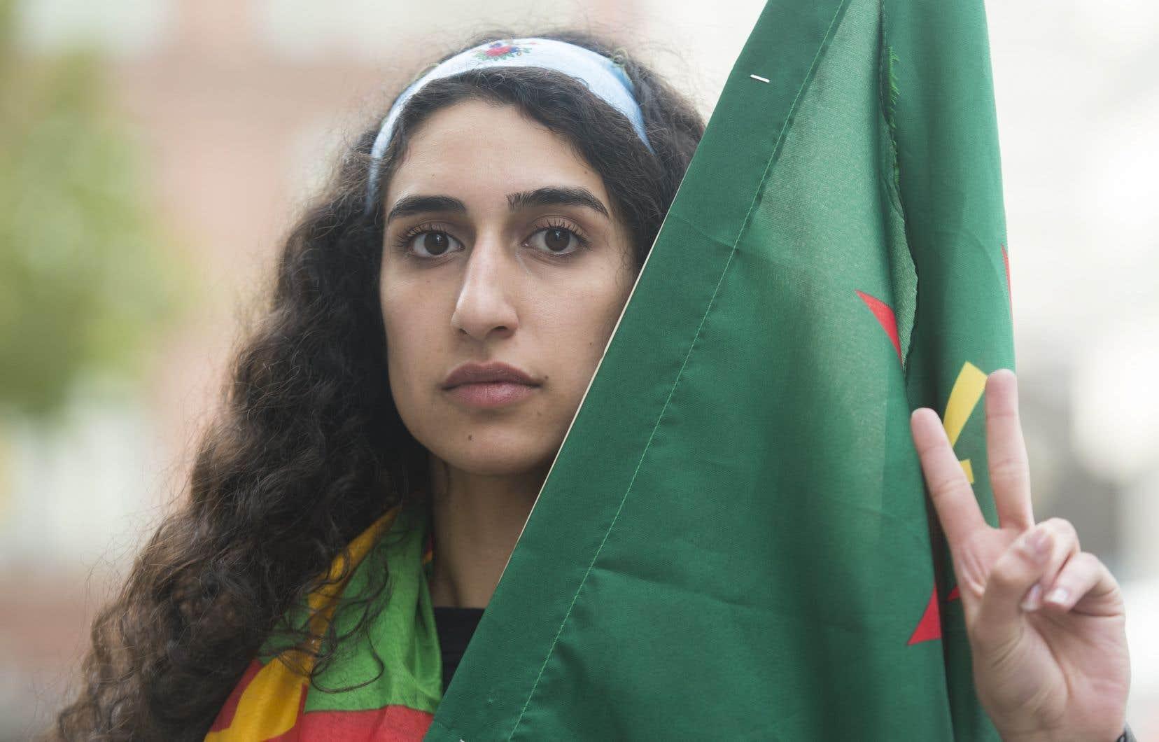 Selon Beritan Oerde, organisatrice à la Fondation kurde du Québec, la manifestation pourrait contribuer à faire pression sur les gouvernements et les institutions internationales pour qu'ils agissent plus fermement.