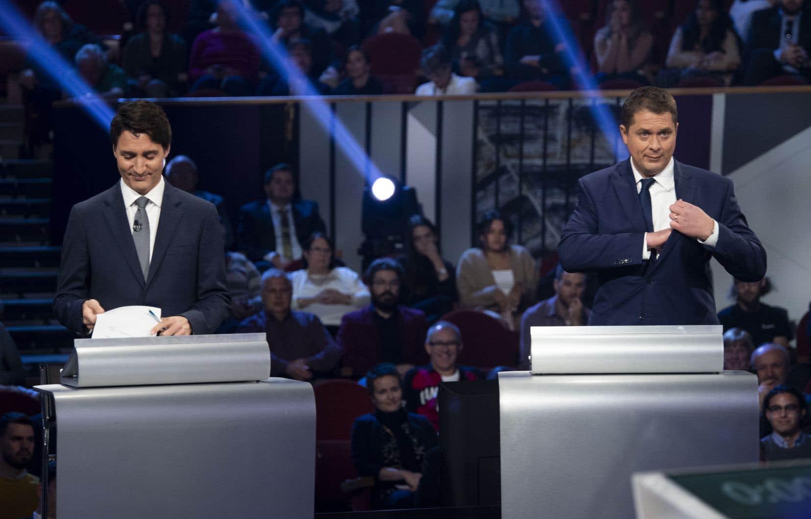 Les chefs Justin Trudeau et Andrew Scheer, lors du dernier débat des chefs