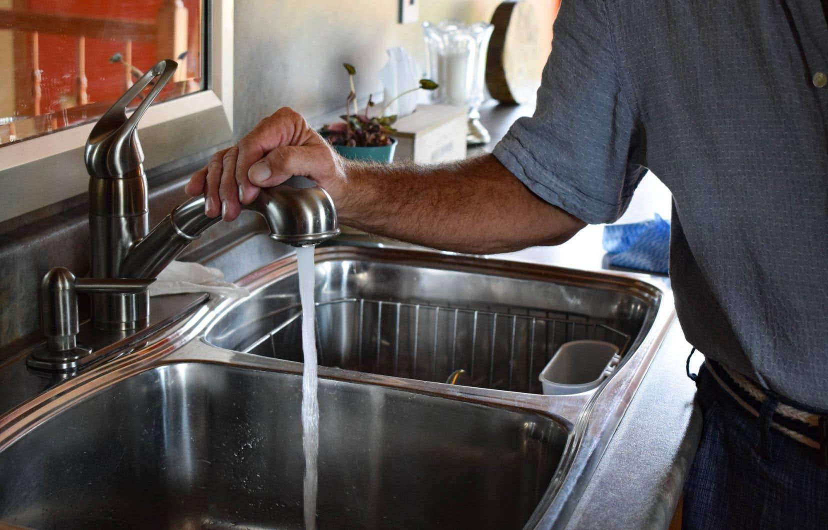 Imperceptible, le plomb dans l'eau a des effets sur la santé néfastes sur le long terme, mais ils restent méconnus.