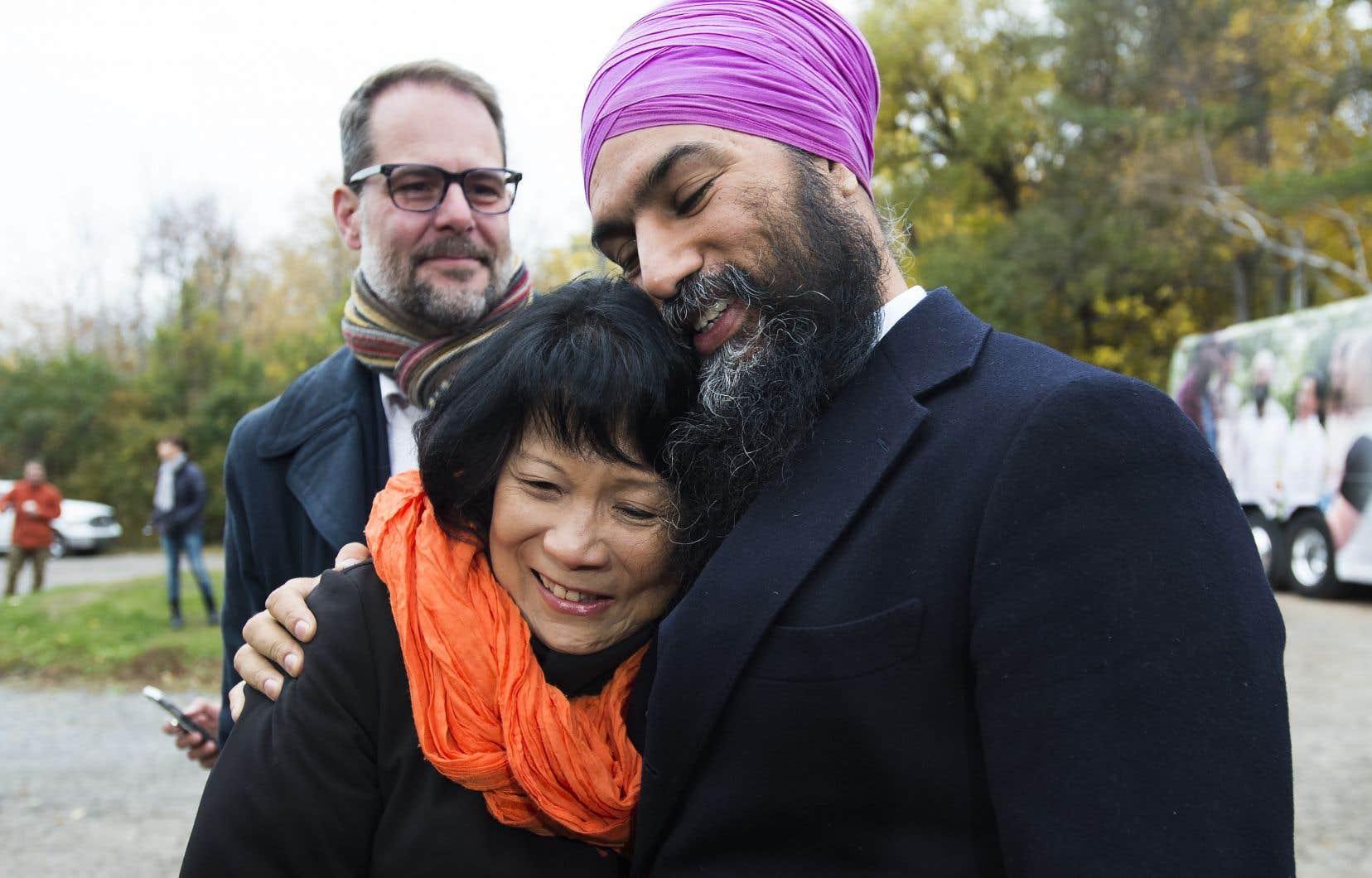 <p>Jagmeet Singh se trouvait au parc Jack-Layton de Hudson, en banlieue de Montréal, et était notamment accompagné de la veuve de l'ancien chef du parti, Olivia Chow.</p>
