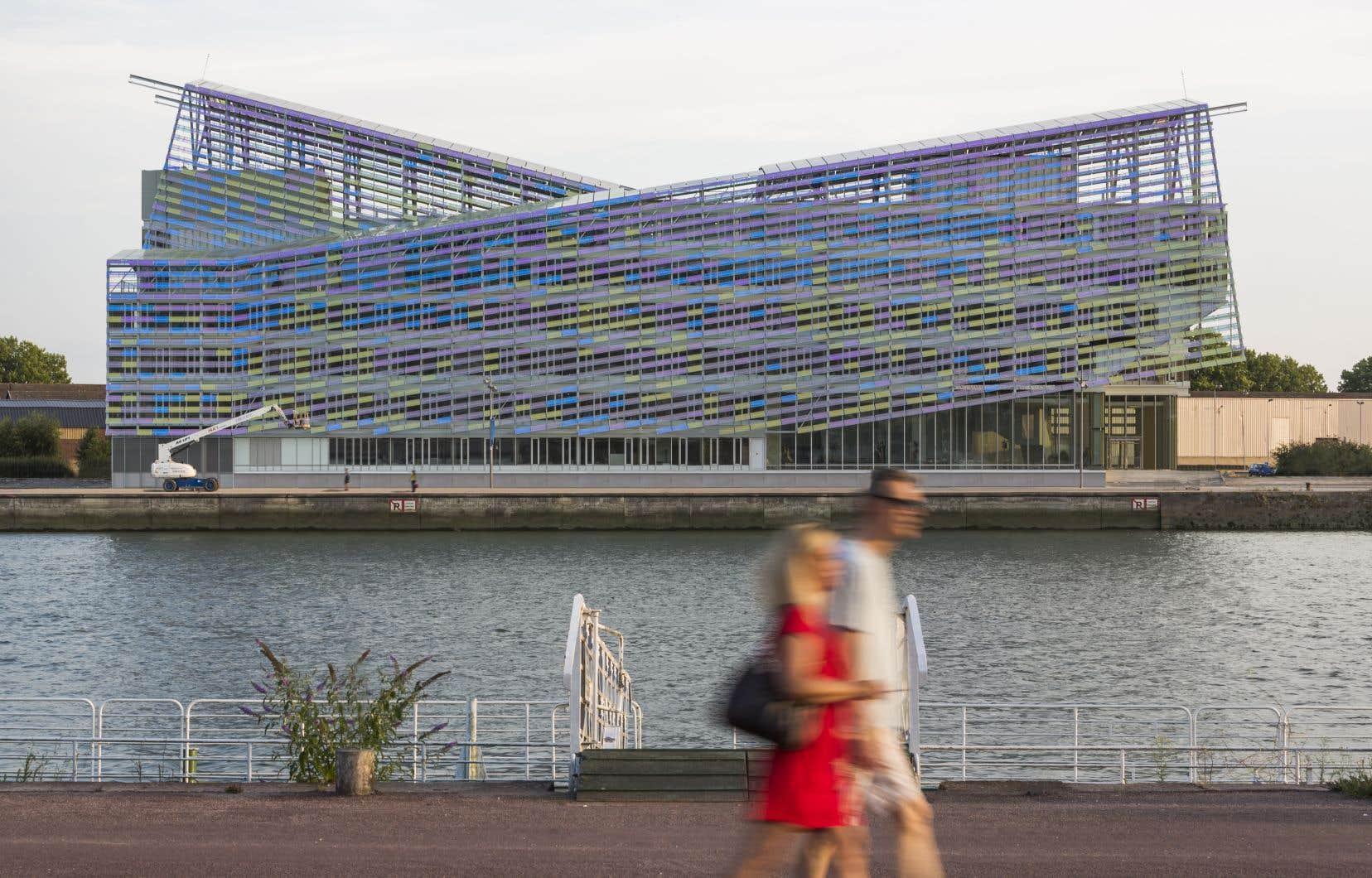 Inauguré en 2018, le projet vedette de l'expo, «siège de la Métropole Rouen Normandie», est qualifié de premier bâtiment public de France PassivHaus et à énergie zéro.