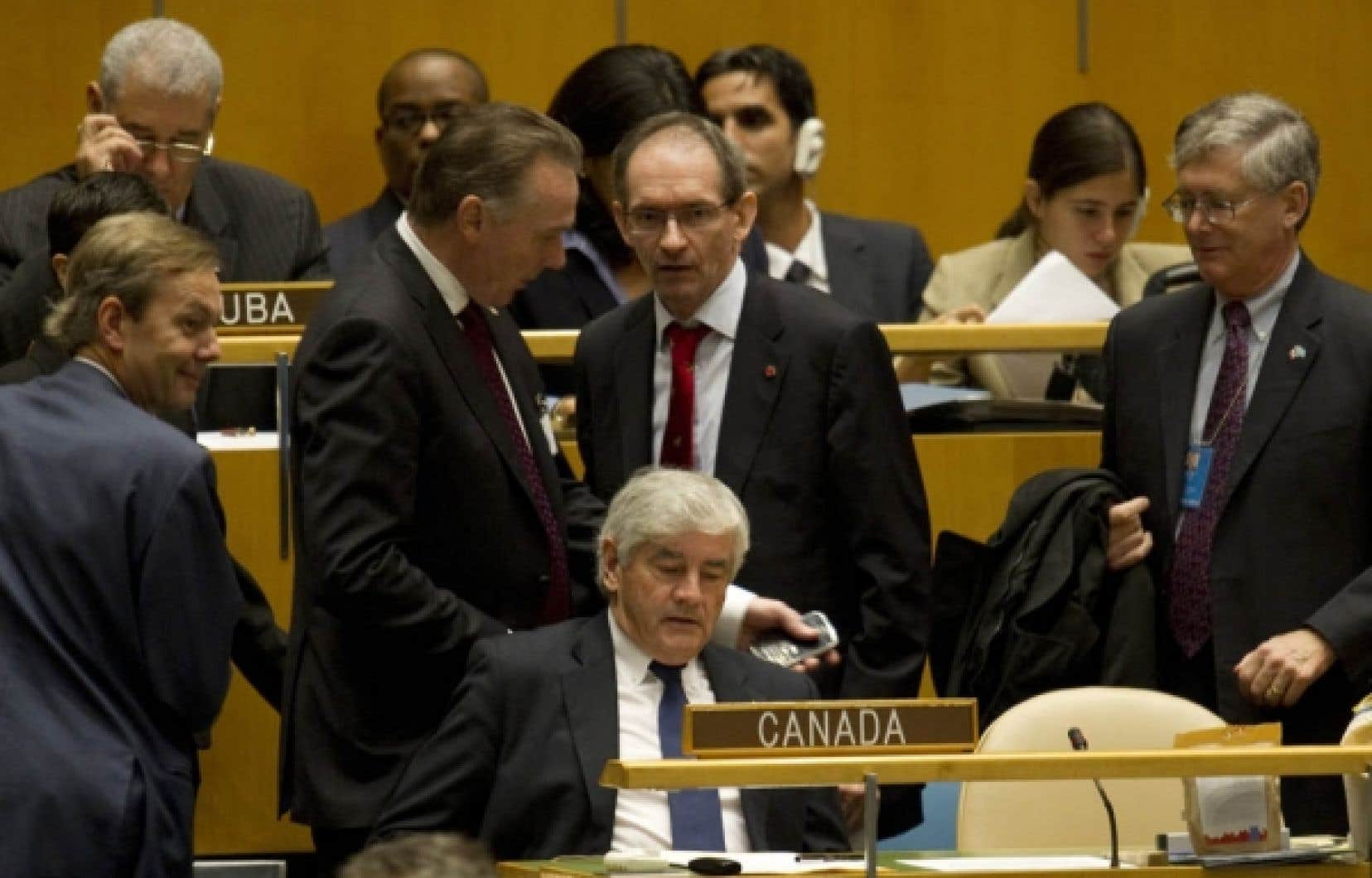 Le ministre des Affaires étrangères du Canada, Lawrence Cannon, a pris la décision d'abandonner la lutte pour l'obtention d'un siège au Conseil de sécurité après le deuxième tour de scrutin, qui a vu le Portugal récolter 113 voix et le Canada, 78.