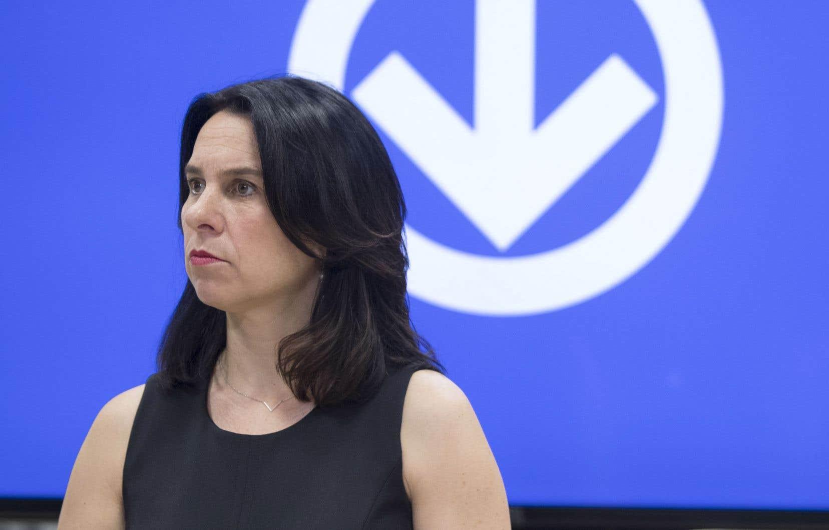 Valérie Plante s'inquiète notamment pour les 800millions qu'elle a cédés à la Ville de Québec pour lui permettre de boucler le budget du projet de tramway.