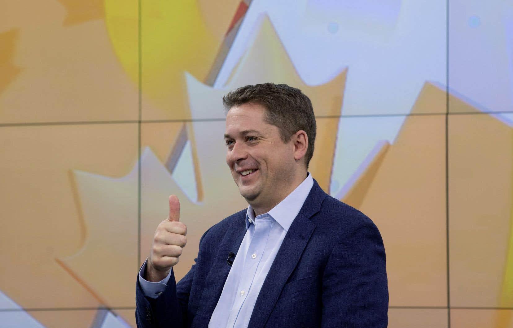 Le chef conservateur Andrew Scheer dit qu'il offrira aux Québécois «la même chose» que tous les autres Canadiens.
