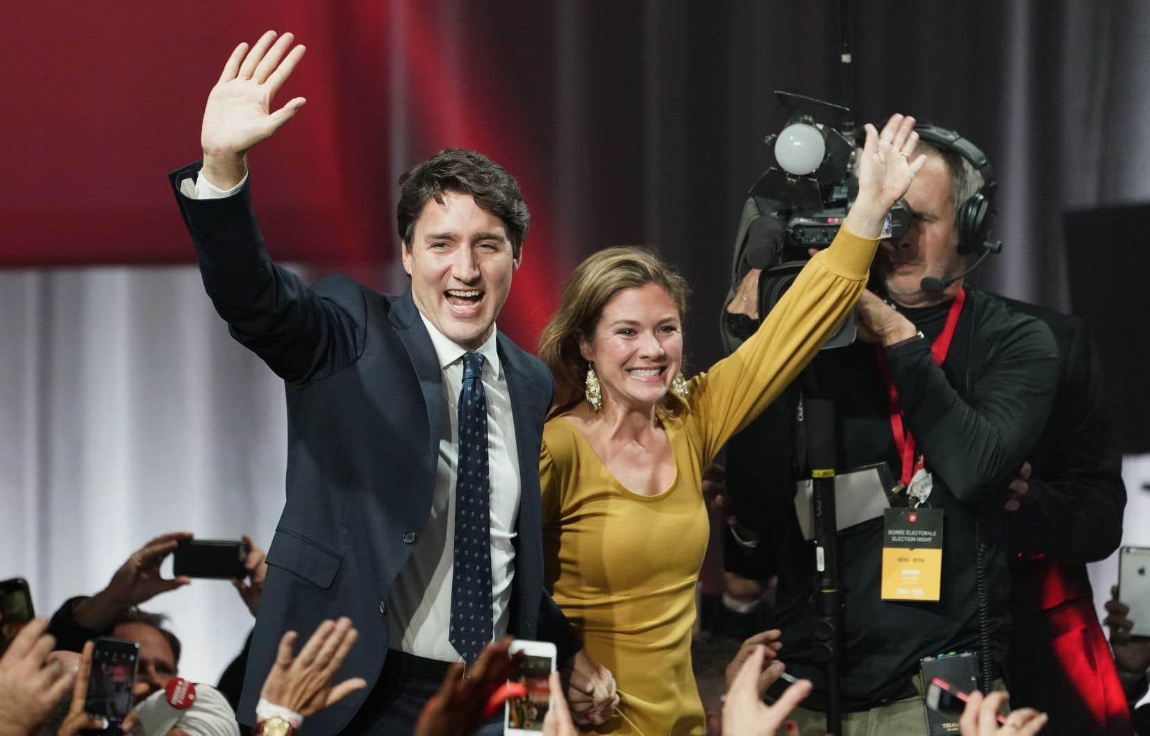 Le chef libéral aura décroché le second mandat qu'il réclamait à l'électorat, mais un mandat diminué.